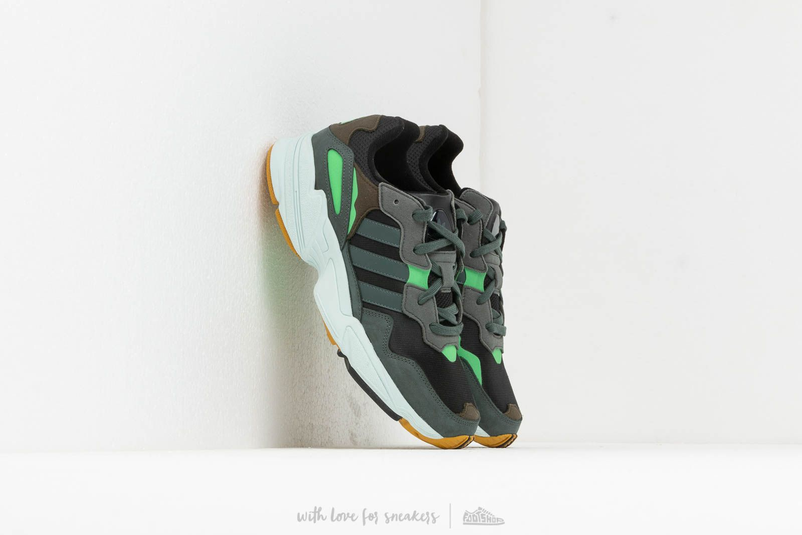 Men's shoes adidas Yung-96 Core Black/ Legend Ivy/ Raw Ochre