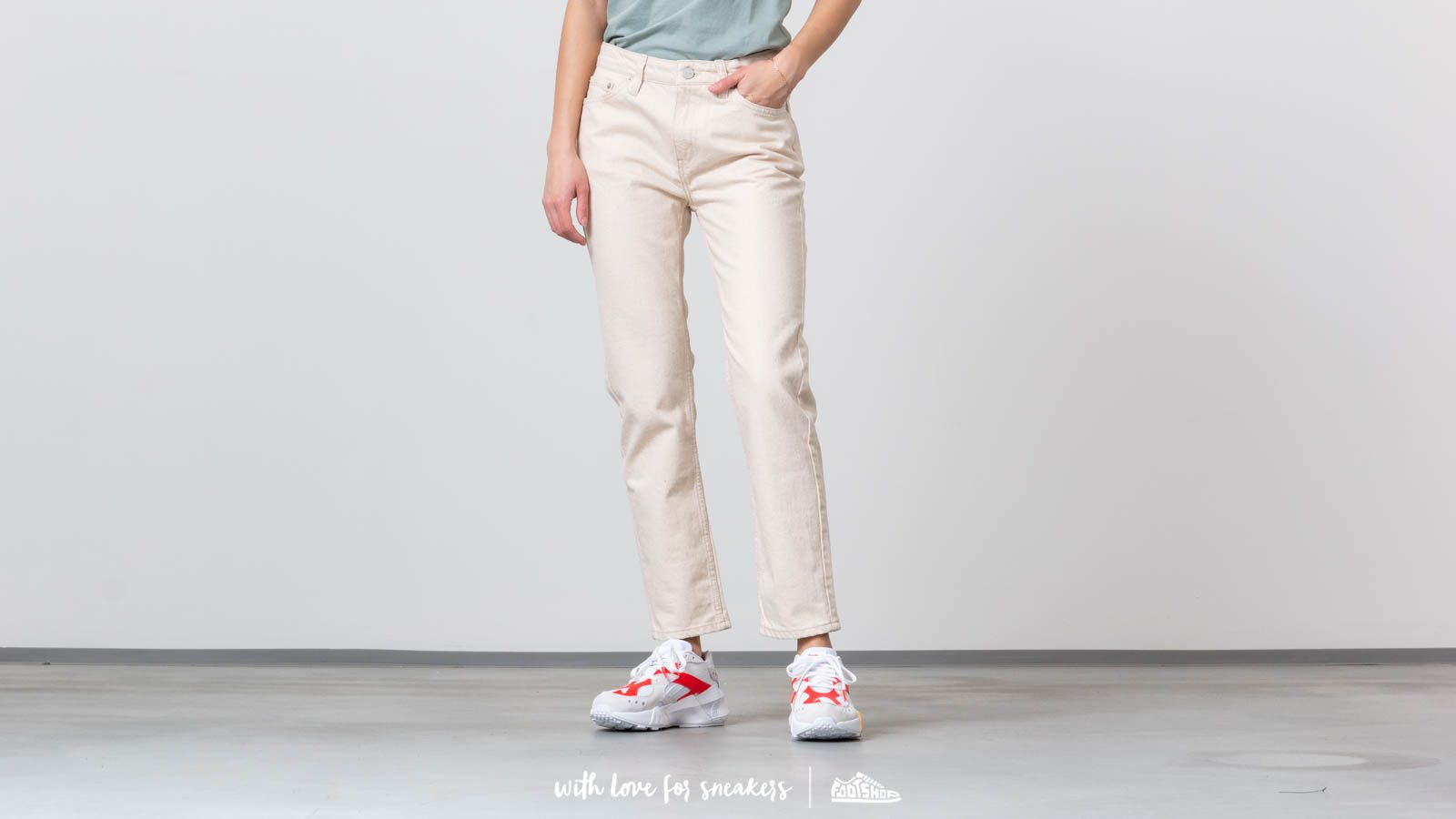 Pantalon en tissu WOOD WOOD Eve Jeans Off-White