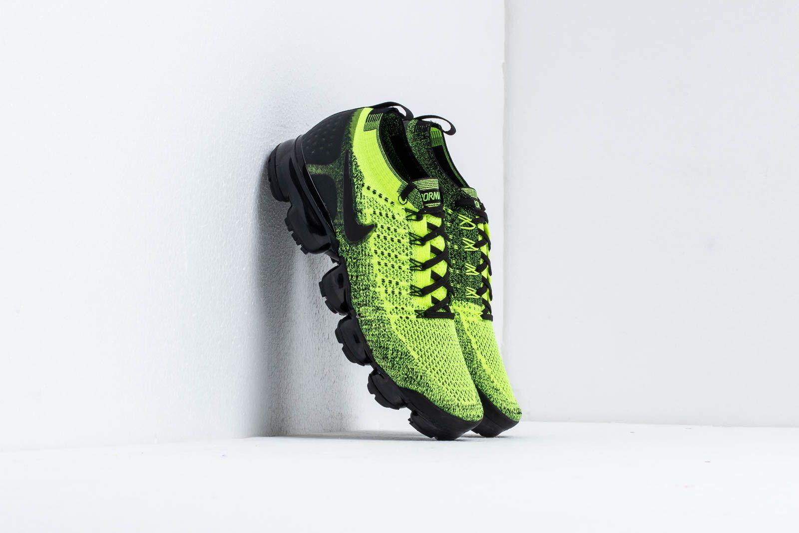 Nike Air Vapormax Flyknit 2 Volt  Black-Volt at a great price 198 € cc81edd0b