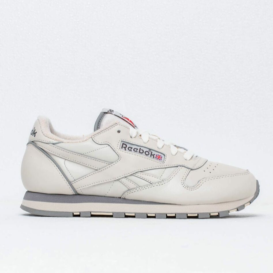Reebok Classic Leather 1983 TV Chalk/ Paper White/ Carbon, Brown