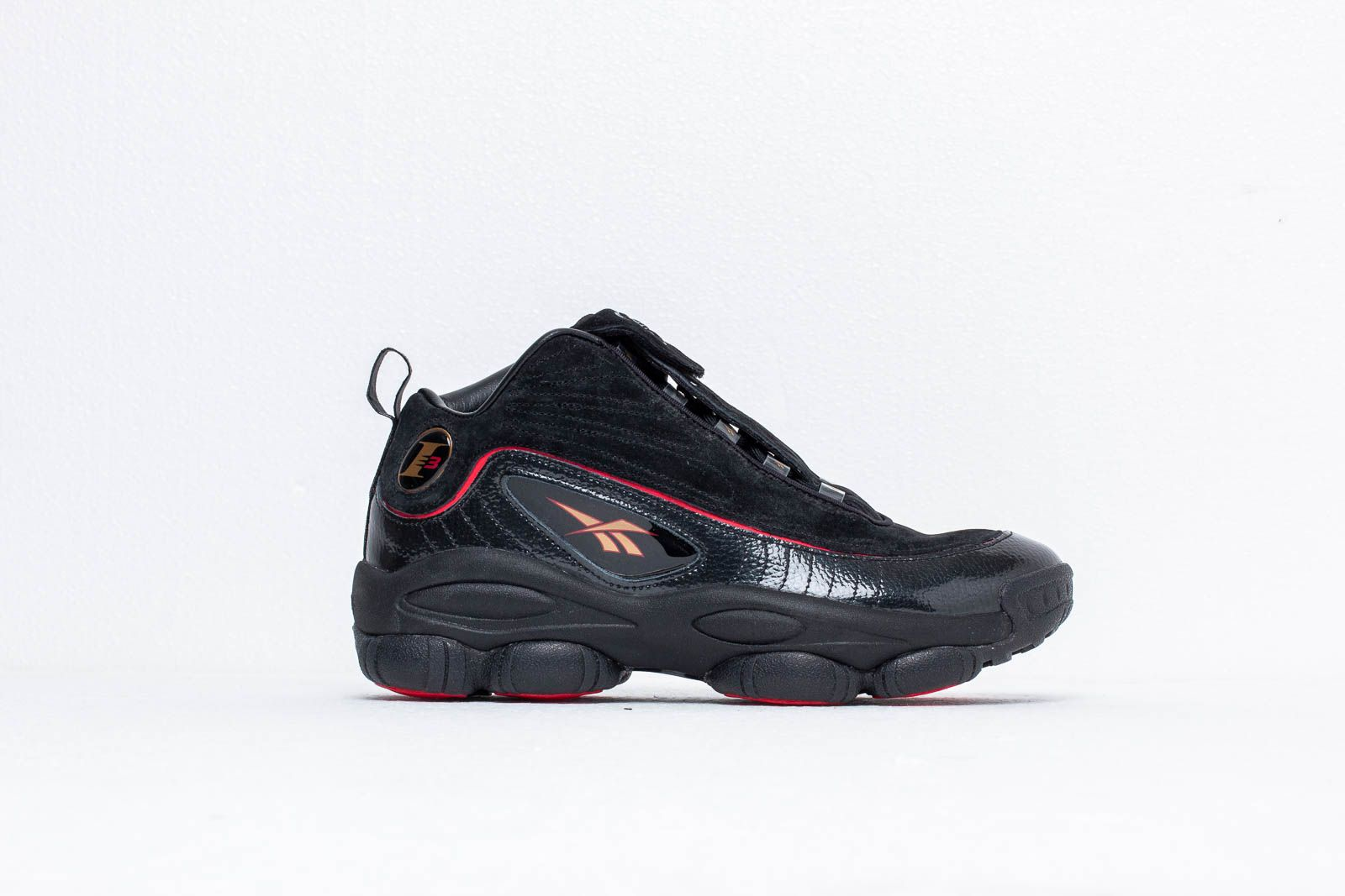 010f08513c3424 Reebok Iverson Legacy Black  White  Red  Brass at a great price 154 €