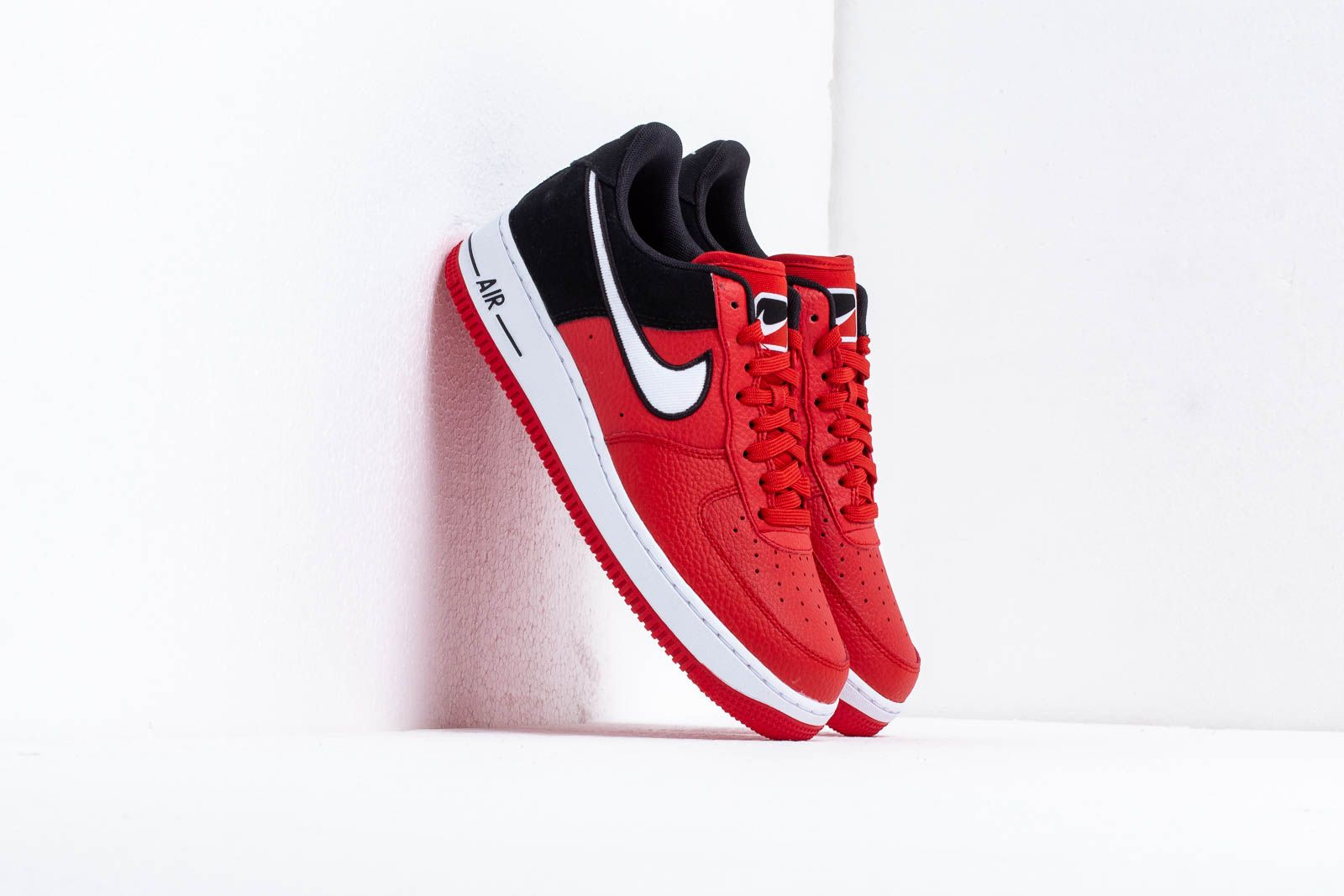huge selection of 2049b 27140 Nike Air Force 1  07 Lv8 1. Mystic Red  White-Black