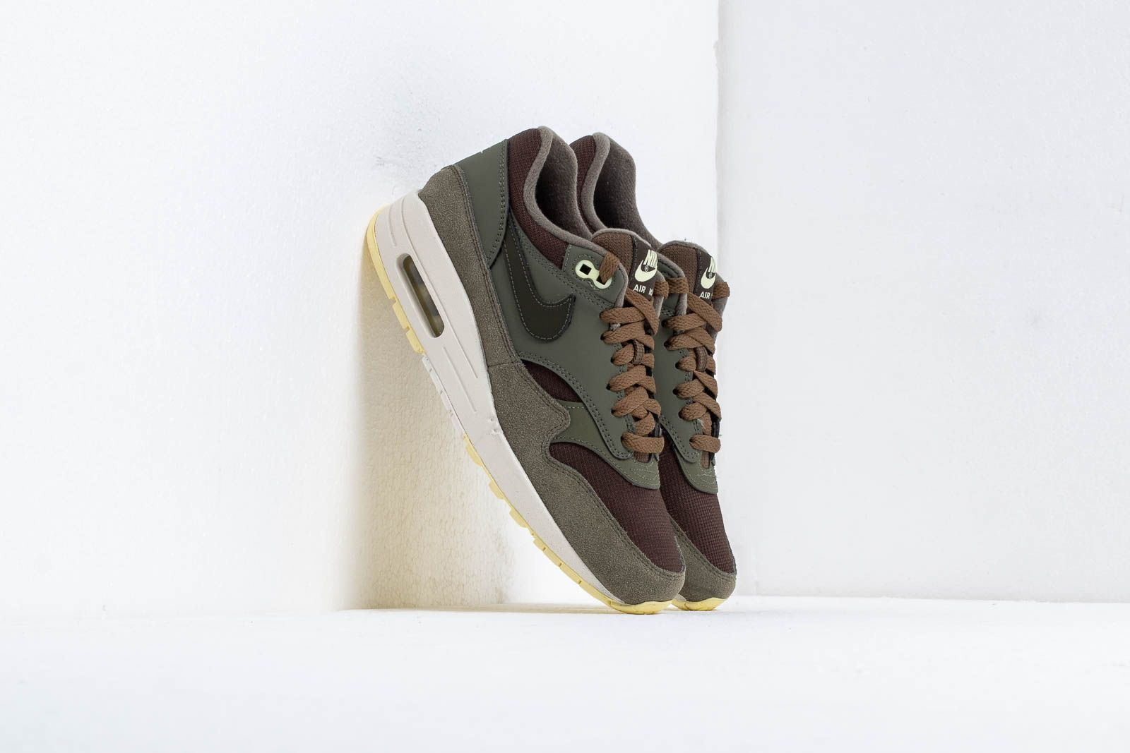 Women's shoes Nike Wmns Air Max 1 Sequoia/ Sequoia-Medium Olive