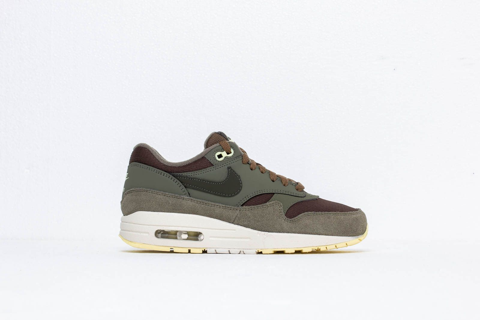 info for 9aabb 419fb Nike Wmns Air Max 1 Sequoia  Sequoia-Medium Olive at a great price £