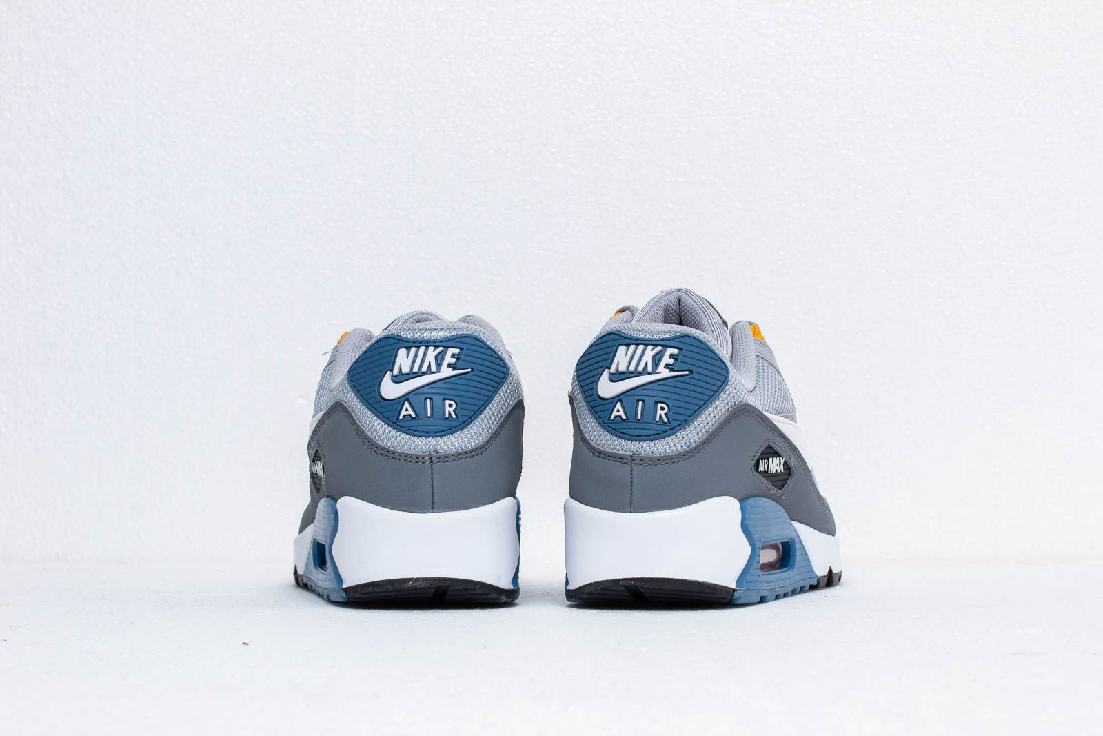 Nike Air Max 90 Essential Wolf Grey  White-Indigo Storm at a great price f536fb7ab6ac4