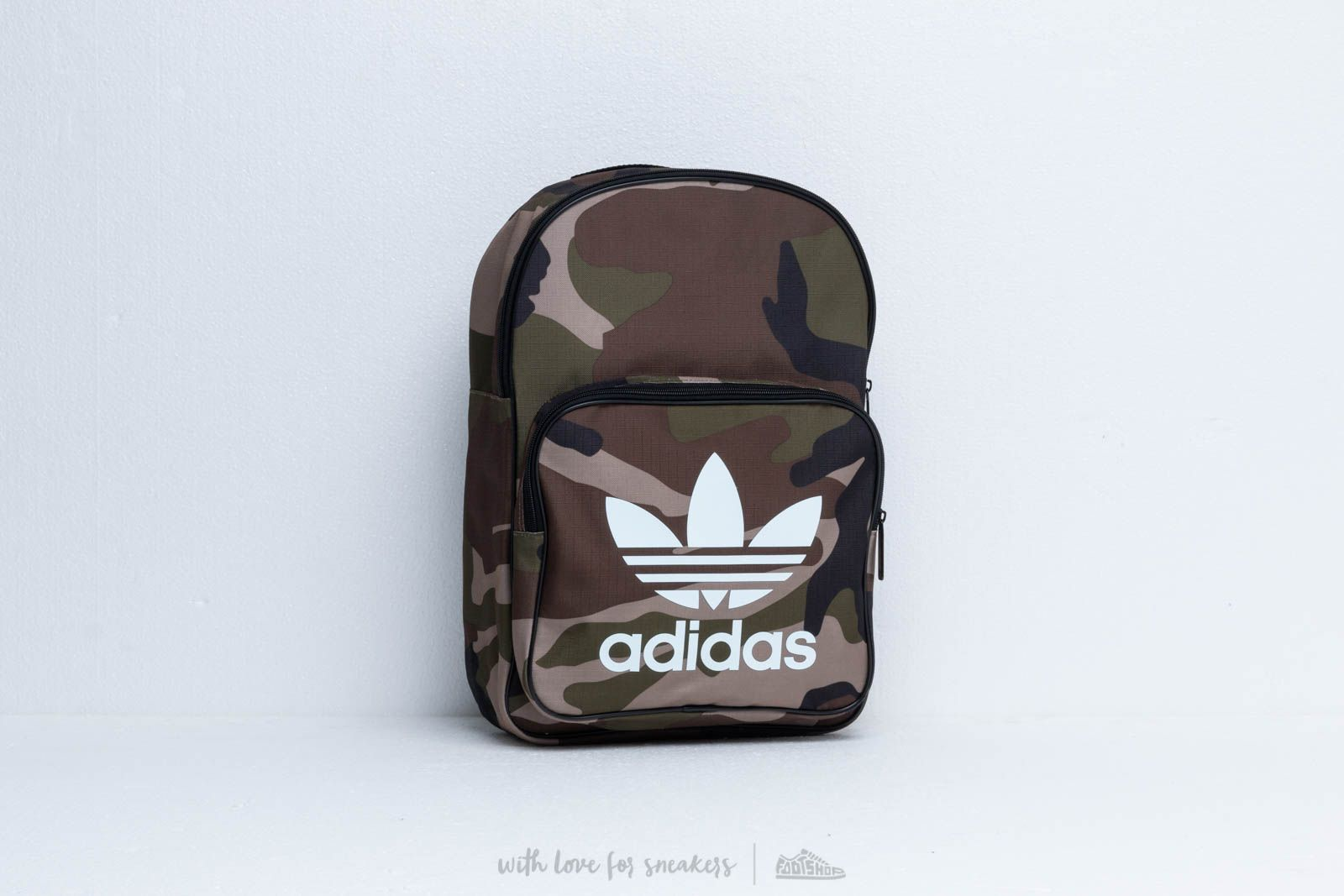 adidas Classic Camouflage Backpack Camo at a great price 33 € buy at Footshop