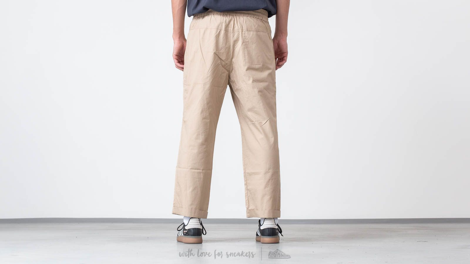 ba941232118905 WOOD WOOD Buzz Trousers Light Khaki at a great price 134 € buy at Footshop