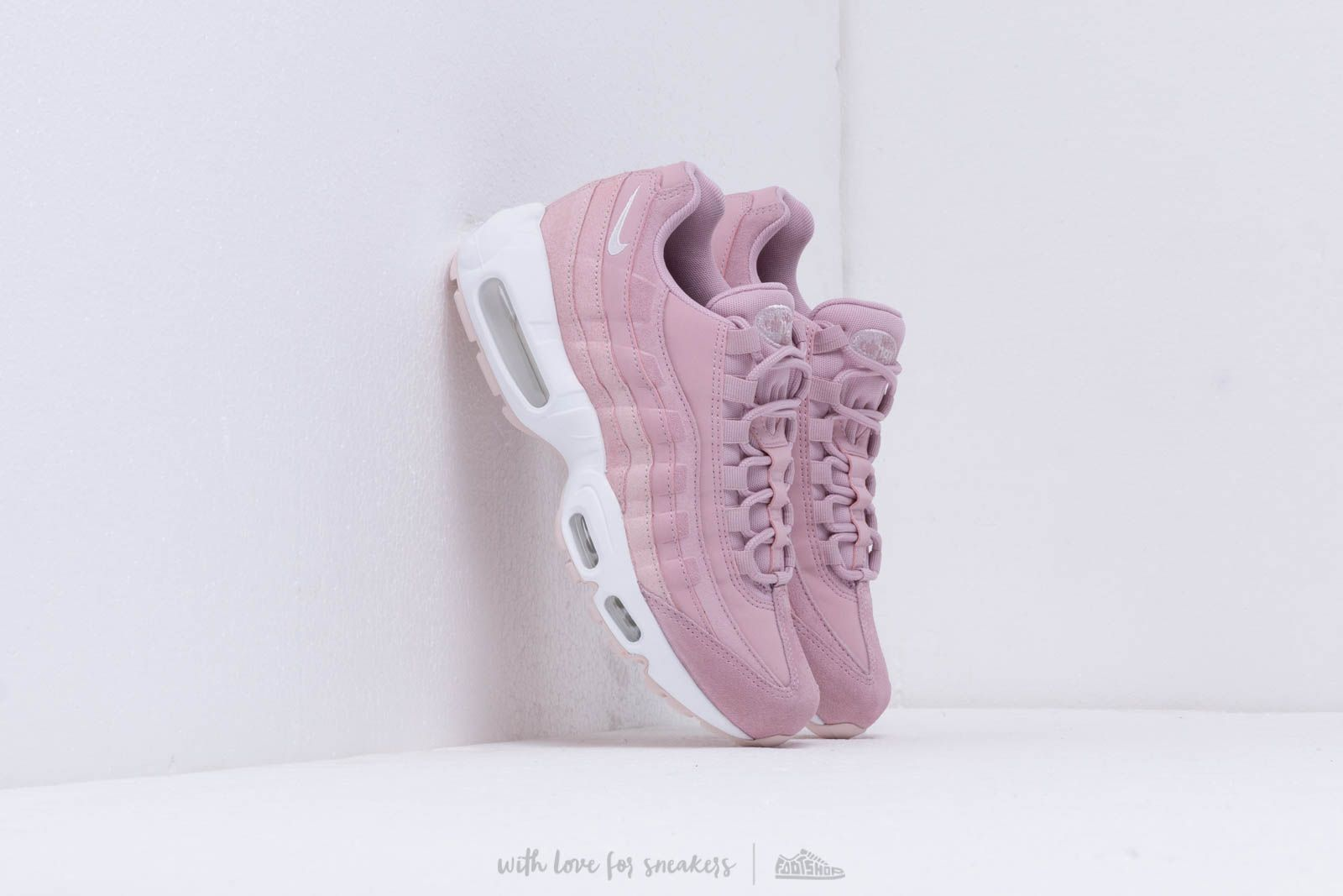 sélection premium 30cba 8a409 Nike Wmns Air Max 95 Prm Plum Chalk/ Barely Rose-Summit ...