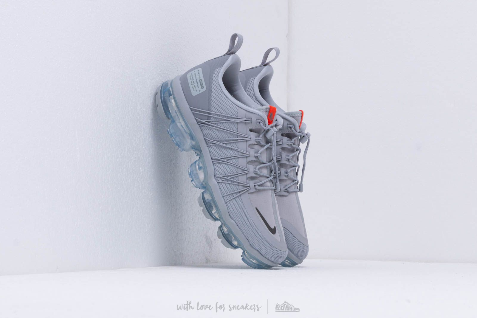 0ccfaf0c32c Nike Air Vapormax Run Utility Wolf Grey  Cool Grey-Team Orange at a great