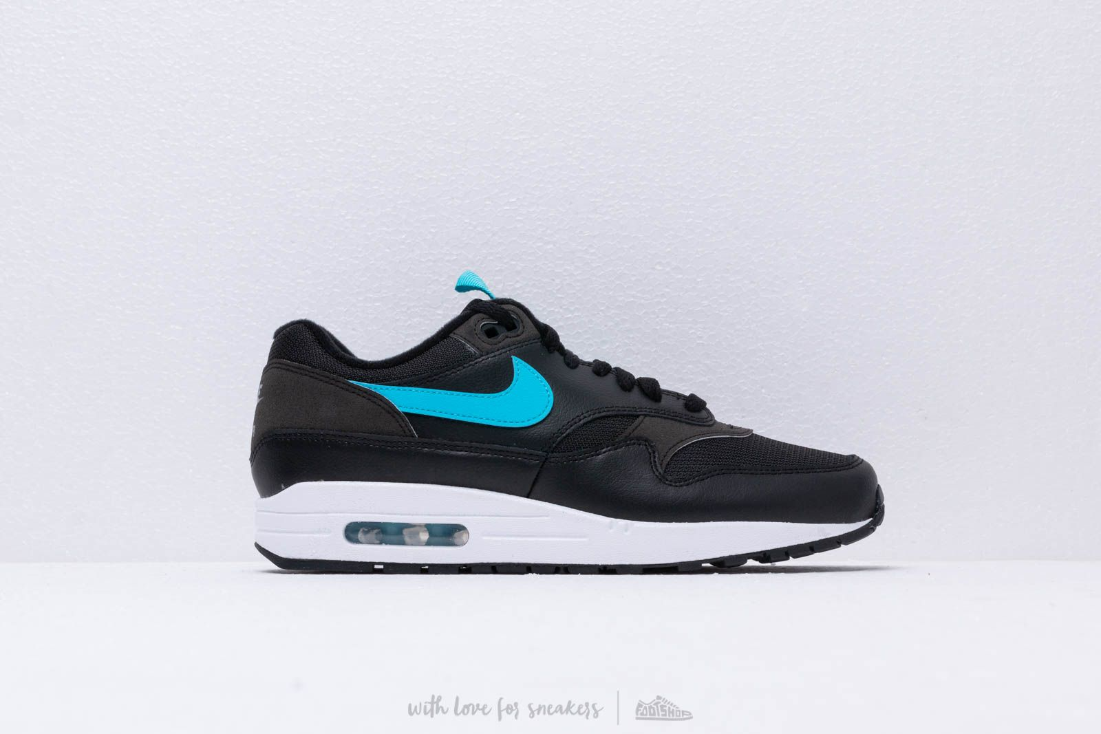 2f1a9541ec6 Nike Air Max 1 Se Black  Blue Fury at a great price 128 € buy