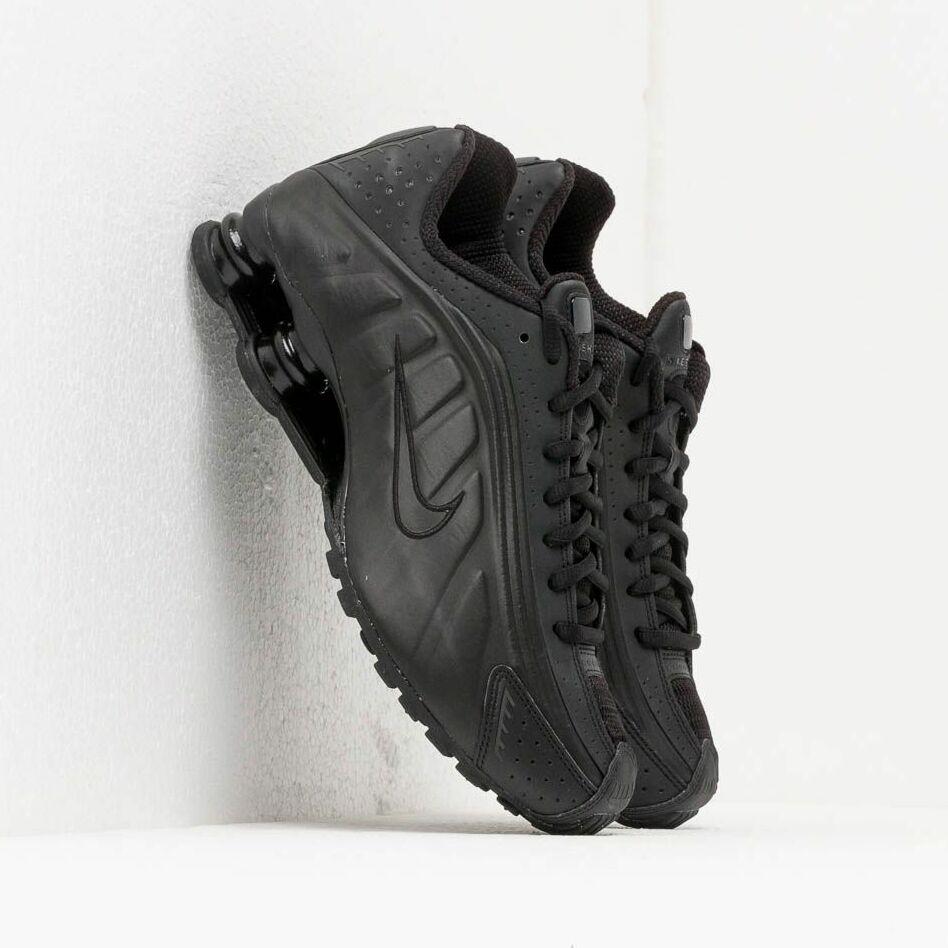 Nike Shox R4 Black/ Black-Black EUR 41