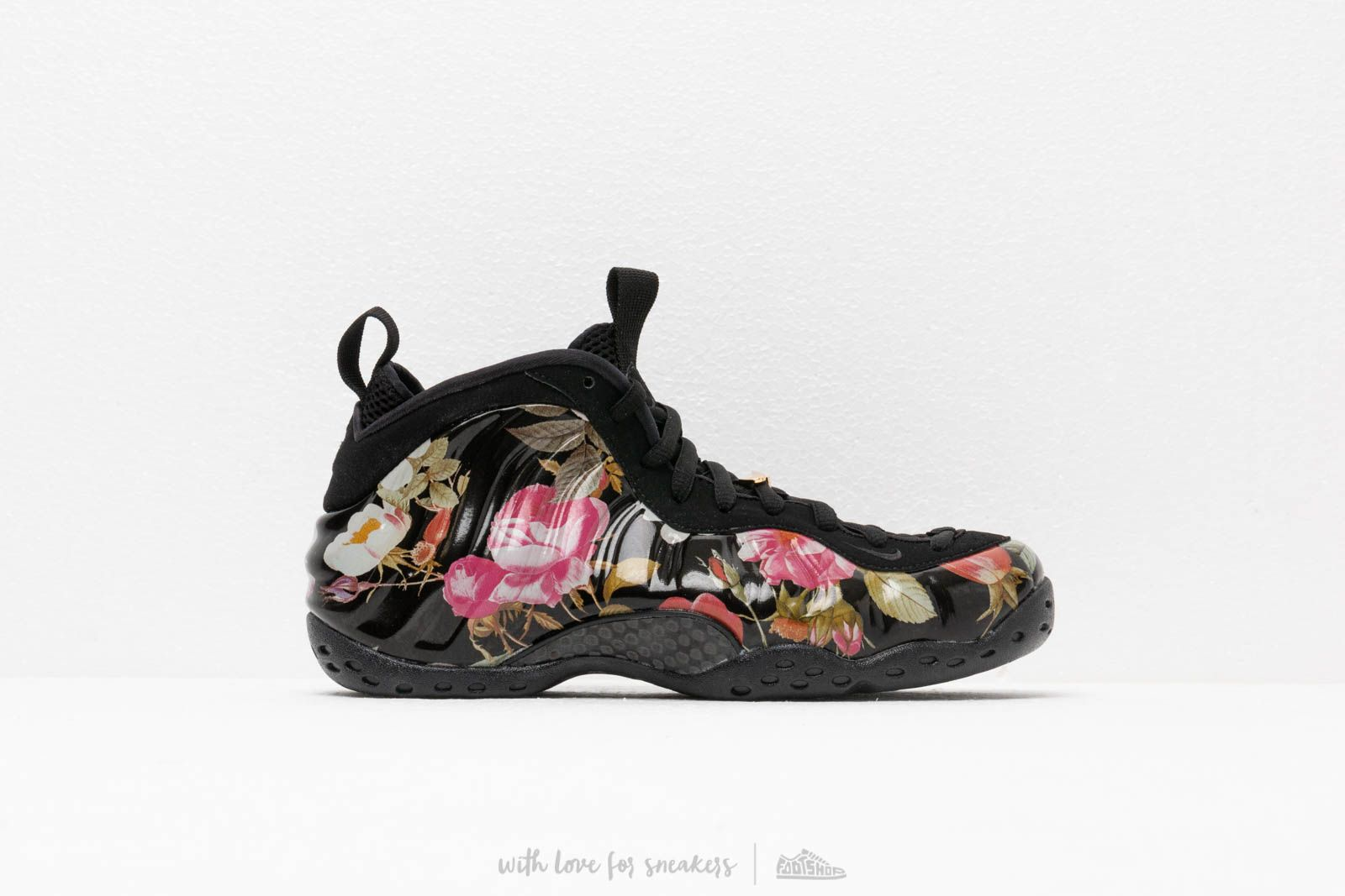 buy online 029d3 75781 Nike Air Foamposite One Floral Black  Black-White at a great price 205 €