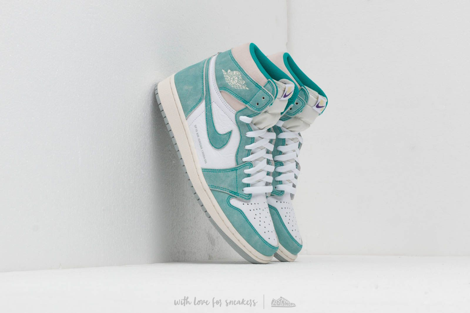 jordan AIR JORDAN 1 RETRO HIGH OG TURBO GREENSAIL WHITE LT