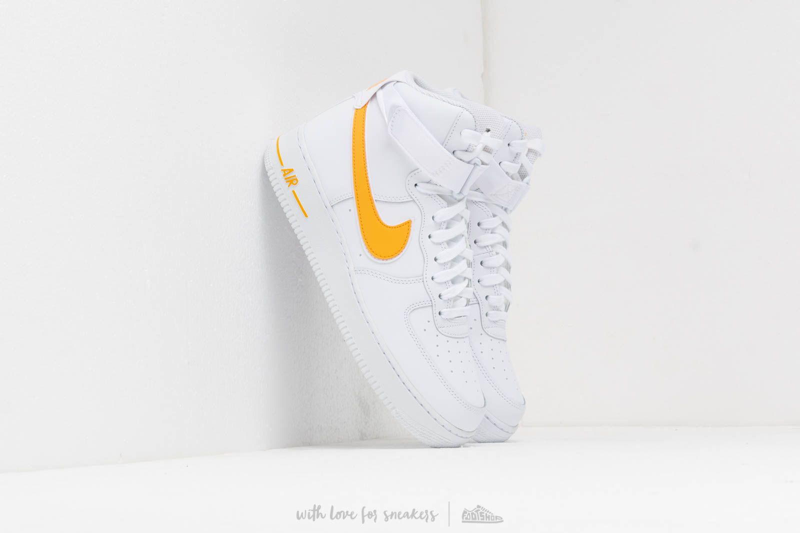 Nike Air Force 1 High '07 3 WhiteUniversity Gold