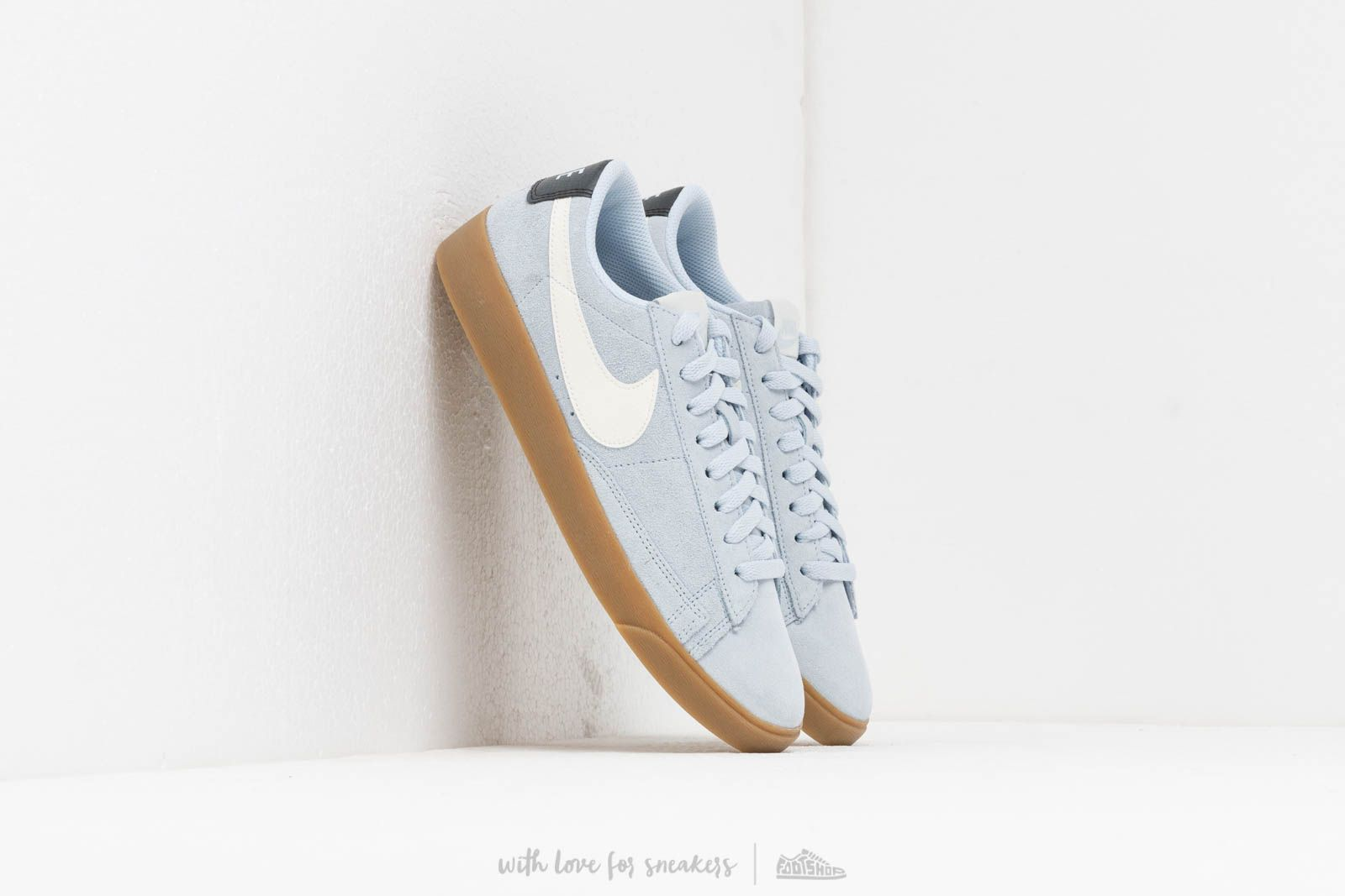 Nike W Blazer Low Sd Half Blue/ Sail-Oil Grey-Gum Light Brown at a great price 84 € buy at Footshop