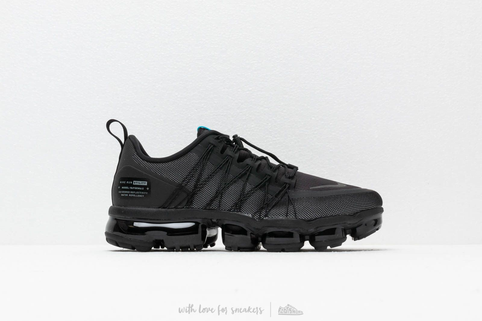 f62bb93ffdd8 Nike Air Vapormax Run Utility Black  Cool Grey-Blue Fury at a great price