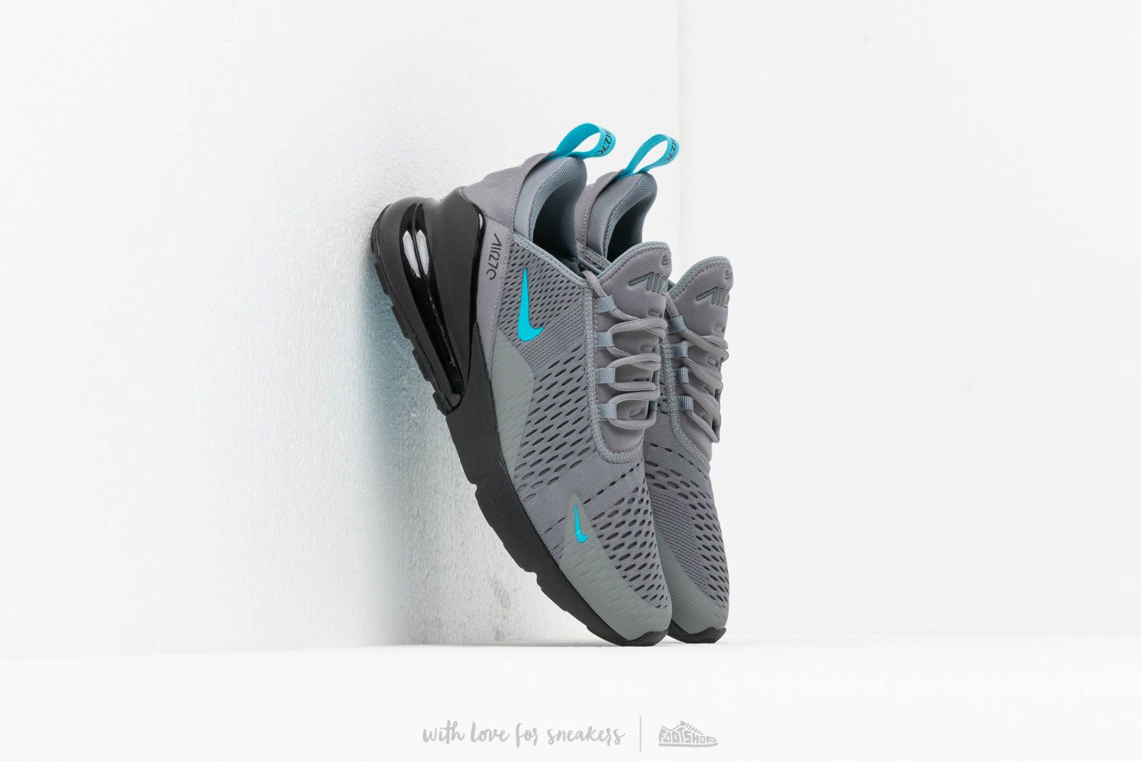 a3eaf40a3dc6af Nike Air Max 270 Cool Grey  Blue Fury at a great price 139 € buy