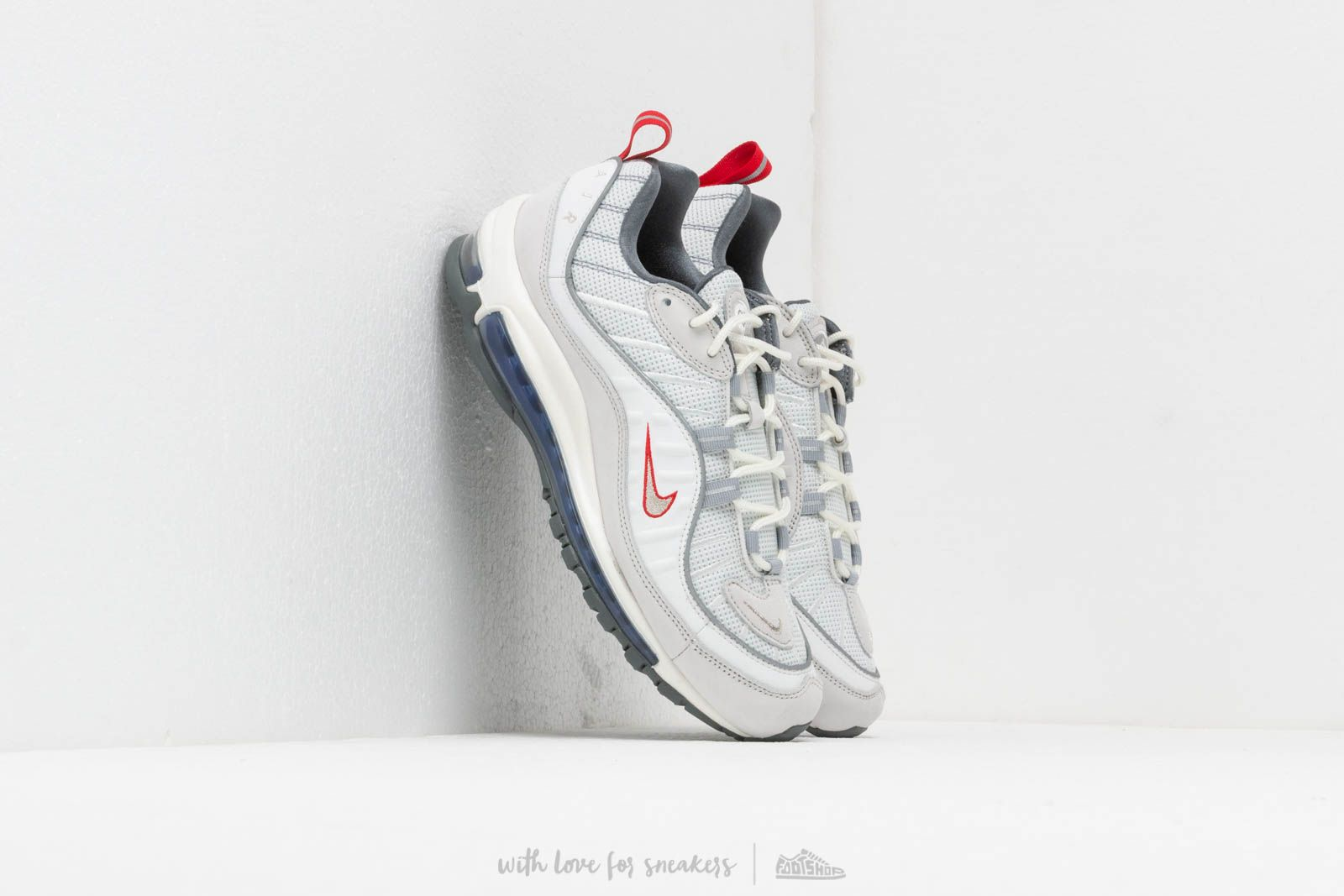 best service 3c687 4818f Nike Air Max 98 Summit White  Metallic Silver at a great price 169 € buy
