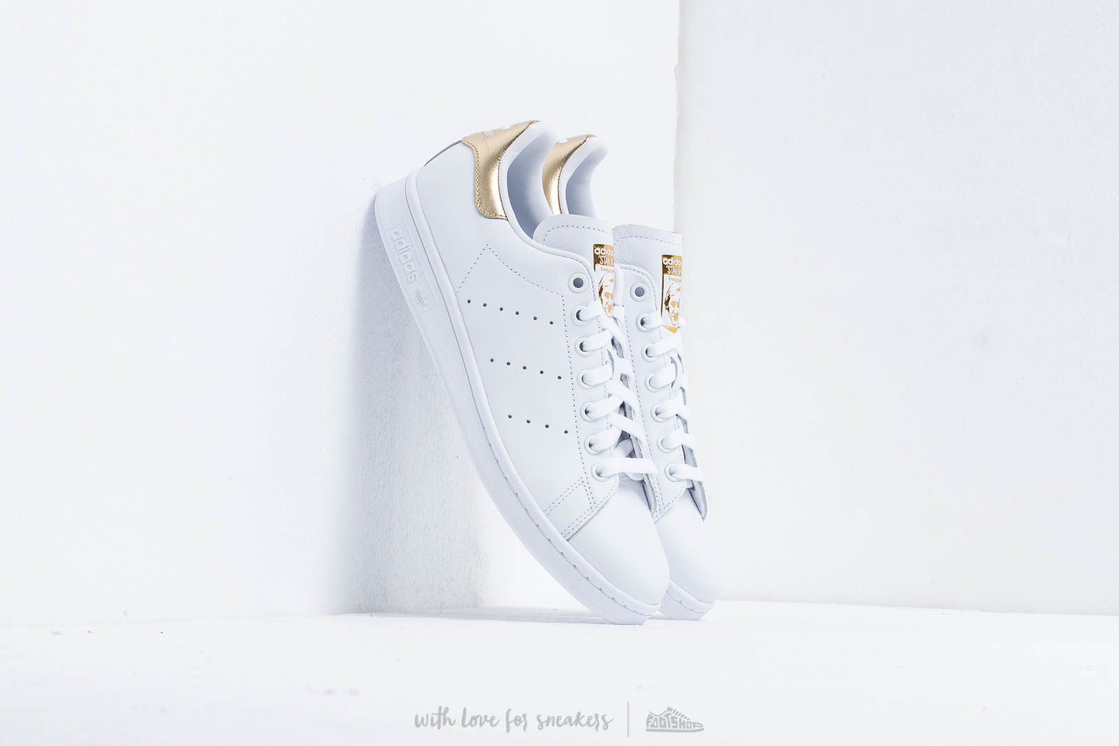 Női cipők adidas Stan Smith W Ftw White/ Ftw White/ Gold Mate