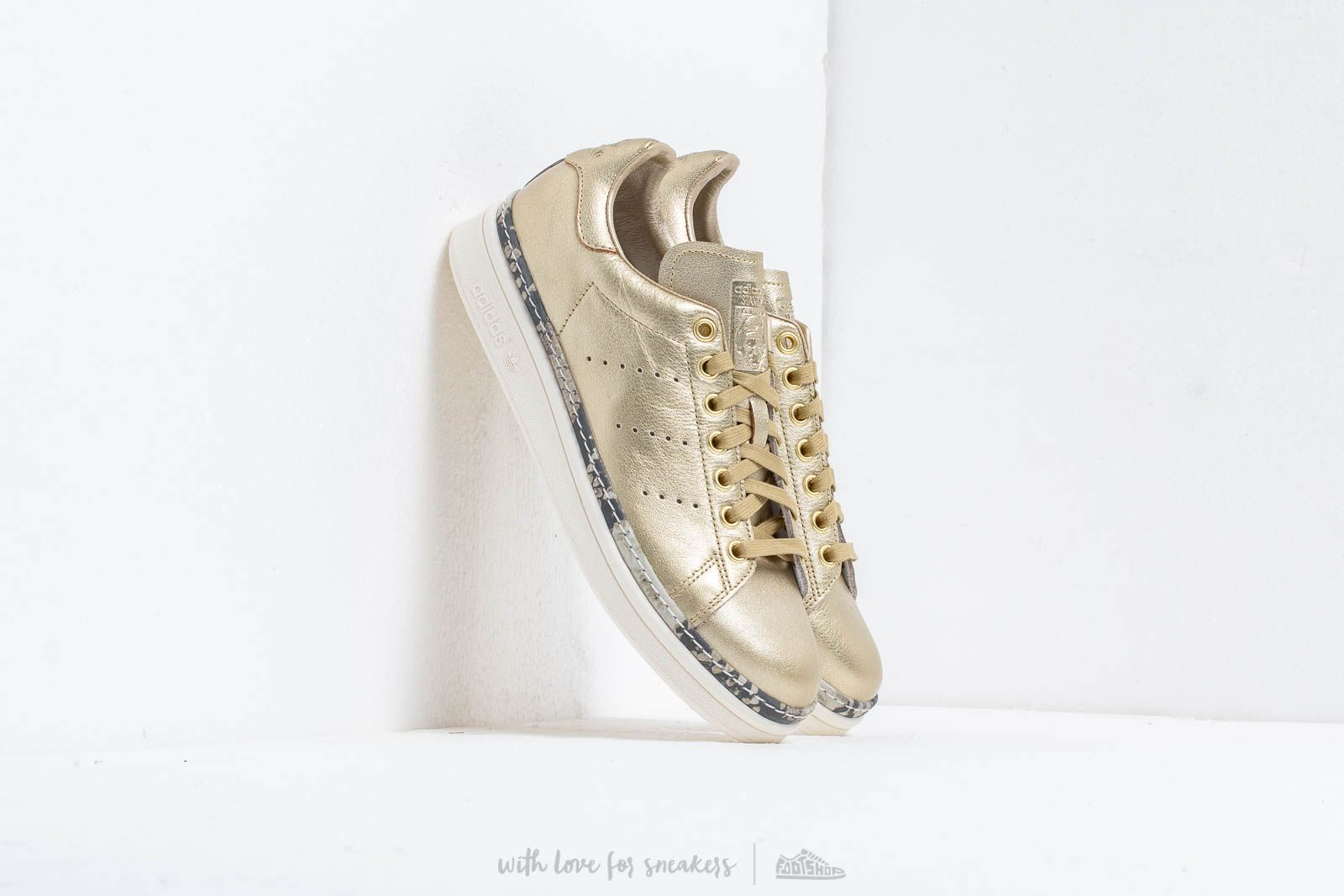 Chaussures et baskets femme adidas Stan Smith New Bold W Gold Mate/ Gold Mate/ Off White
