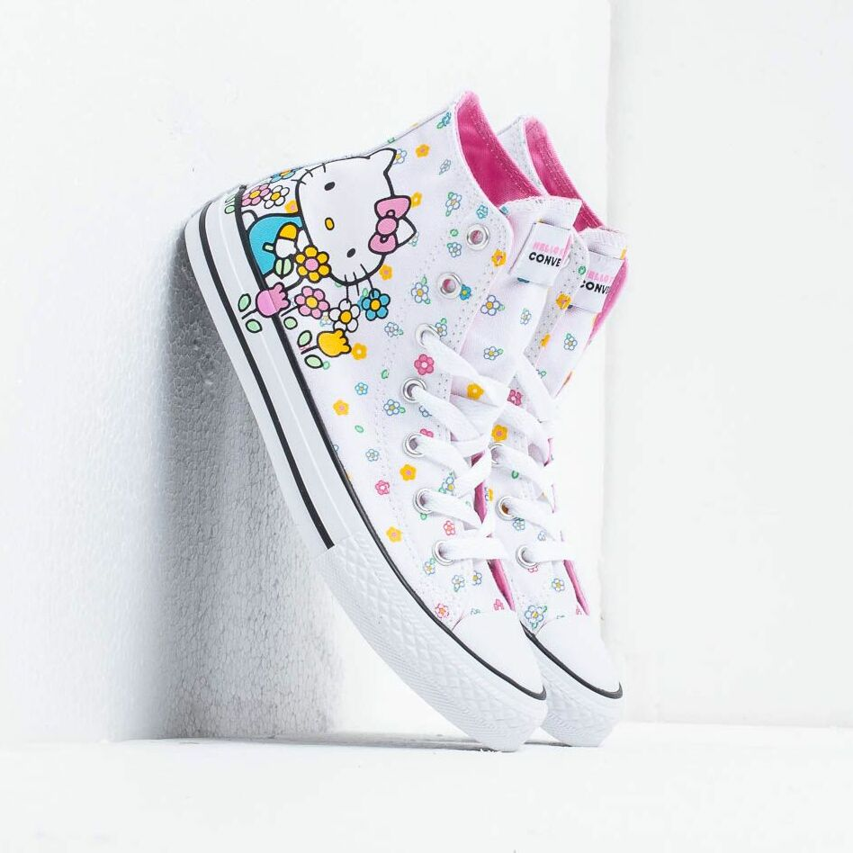 Converse x Hello Kitty Chuck Taylor All Star White Pink White