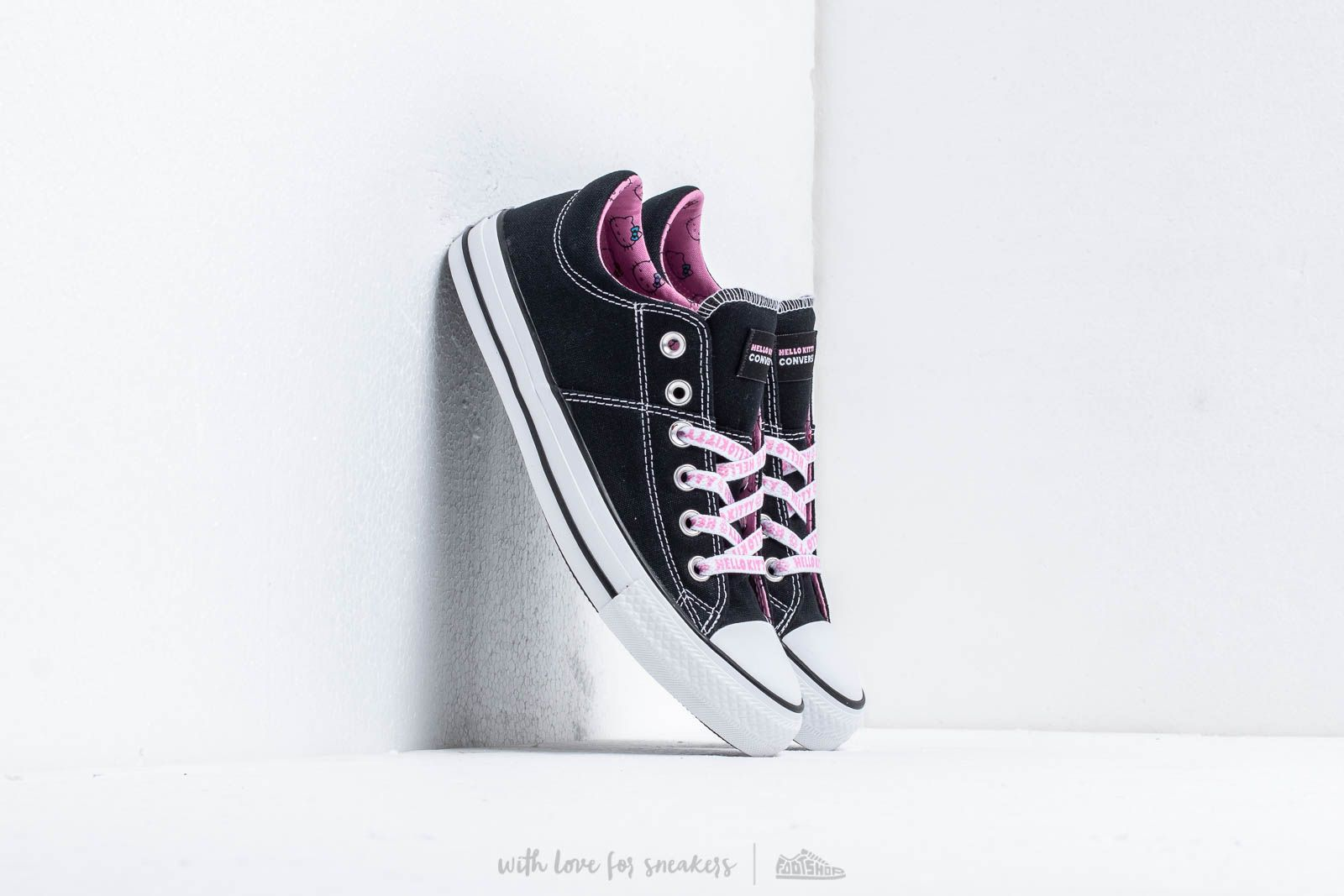 Converse x Hello Kitty Chuck Taylor All Star Madison Black Prism Pink White | Footshop
