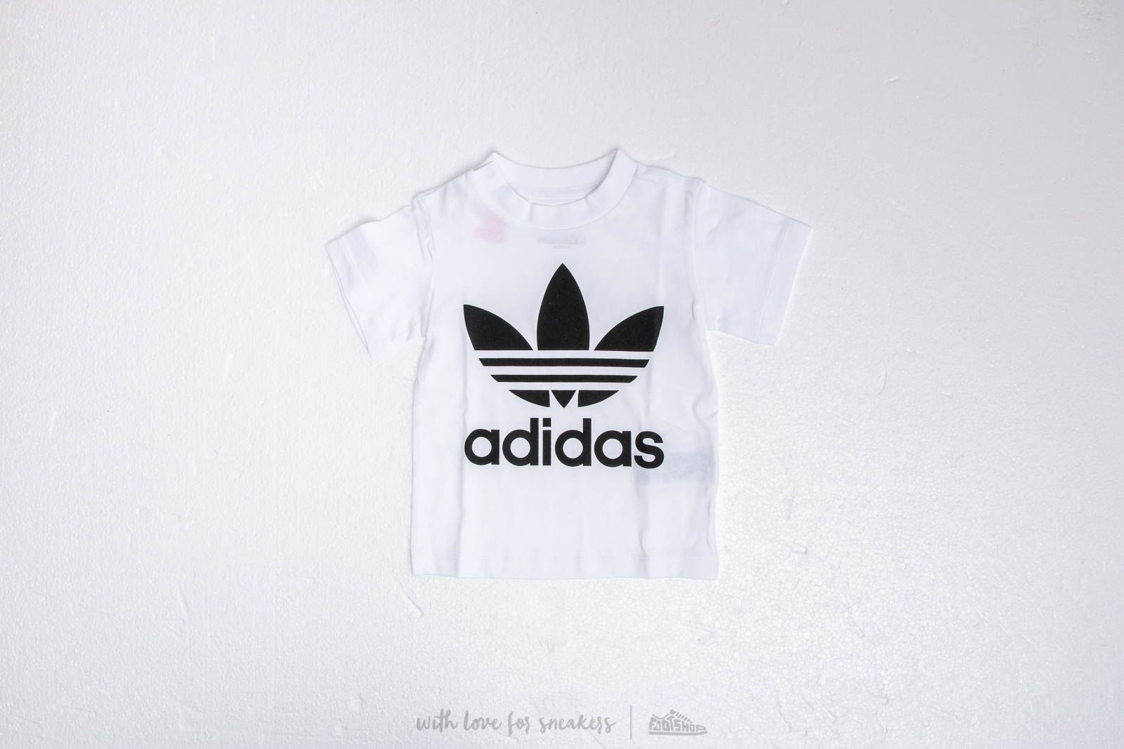 adidas Trefoil Tee White at a great price 18 € buy at Footshop 8d83f8a7b