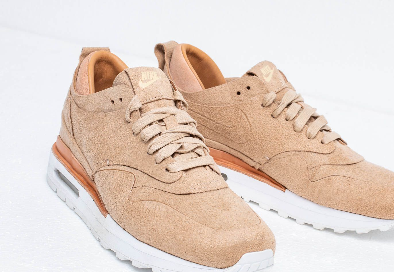 Nike Wmns Air Max 1 Royal Linen/ Linen-Summit White, Brown