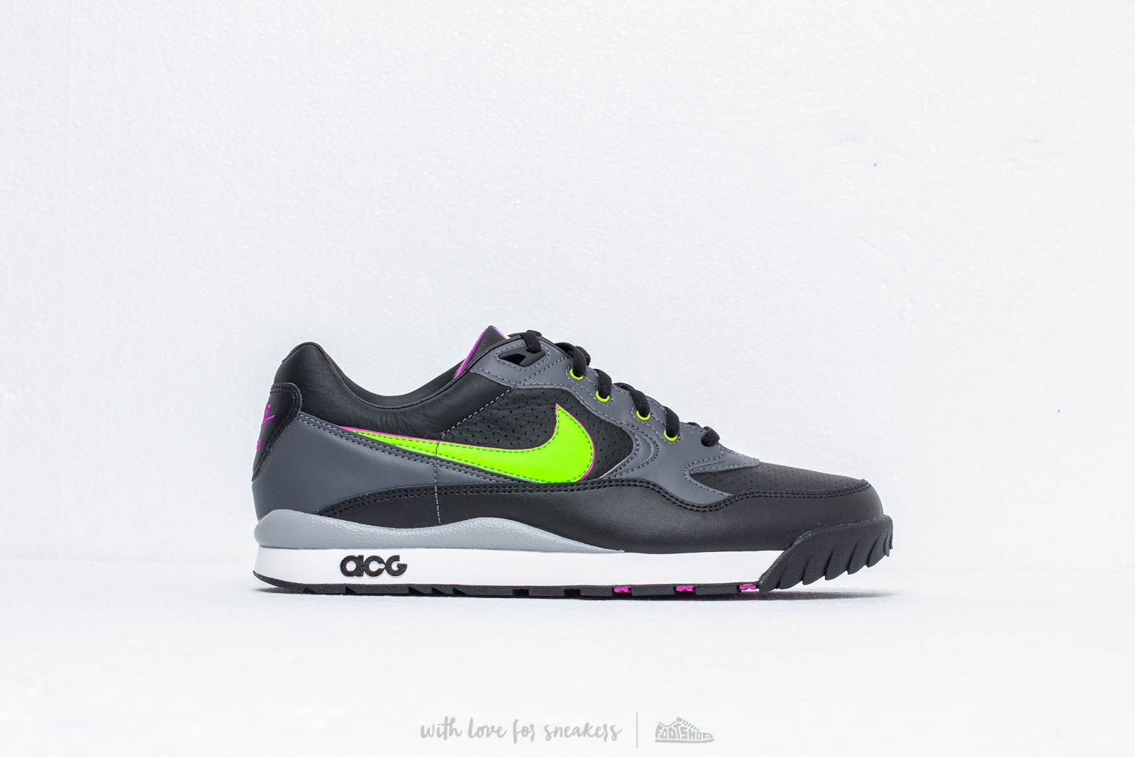 a90ffab3efc5 Nike ACG Air Wildwood Black  Electric Green at a great price £89 buy at