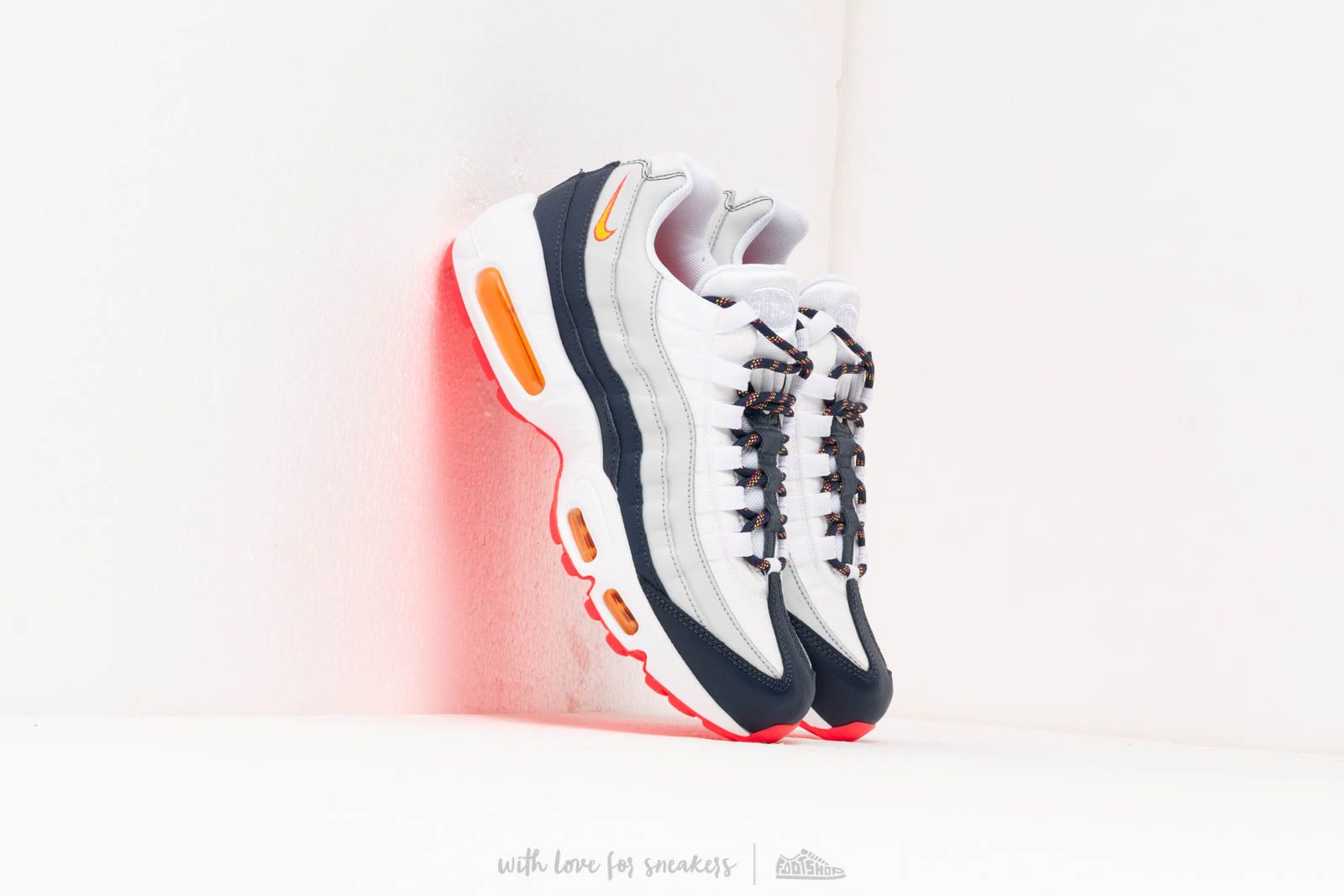 Nike Wmns Air Max 95 Midnight Navy/ Laser Orange-Pure ...