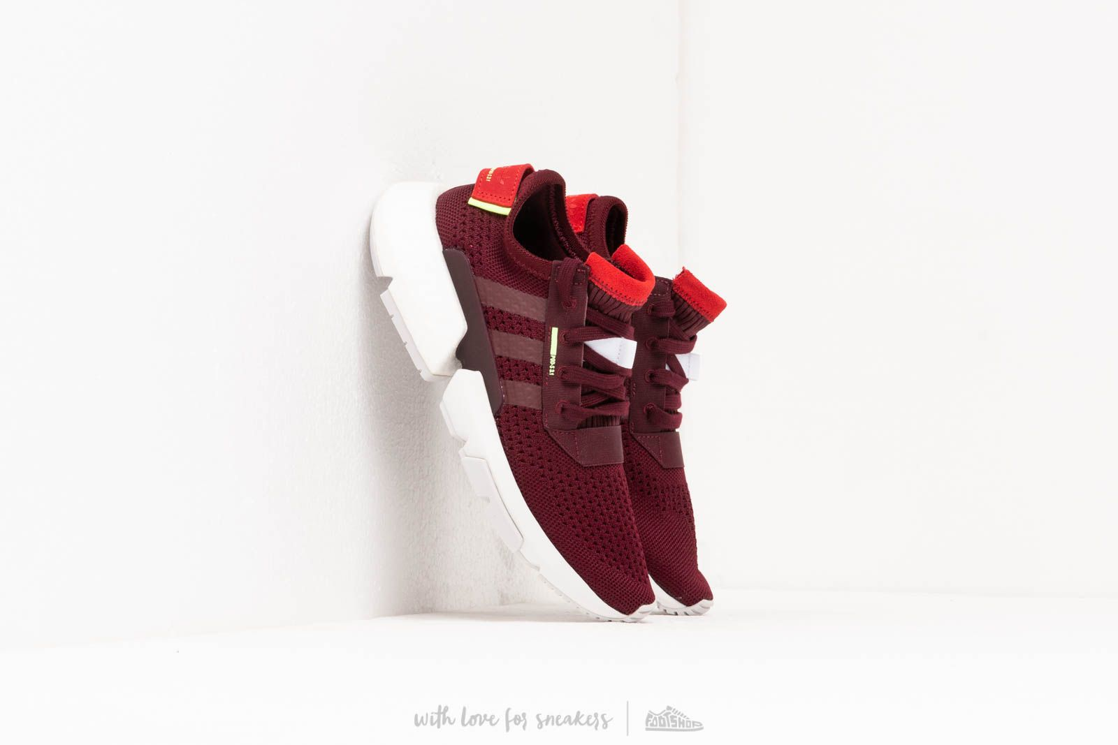 Women's shoes adidas Pod-S3.1 W Maroon/ Maroon/ Hi-res yellow
