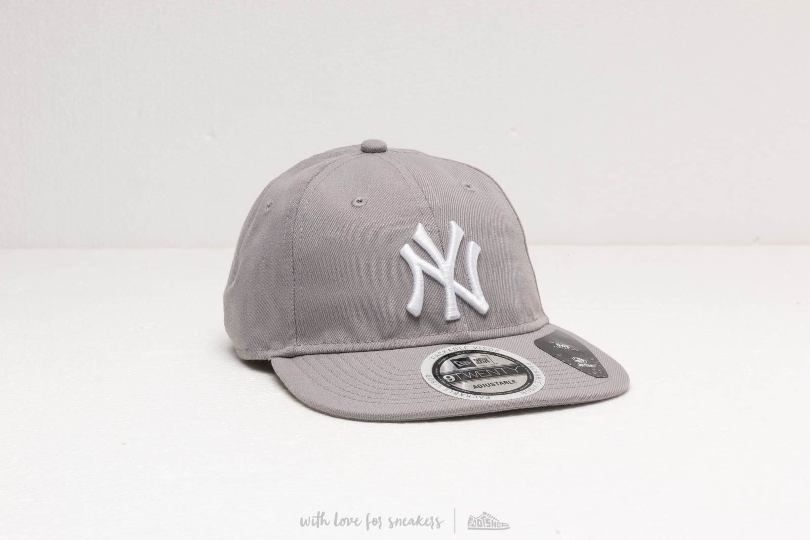 Kšiltovky New Era 9Twenty Team Packable New York Yankees Cap Grey