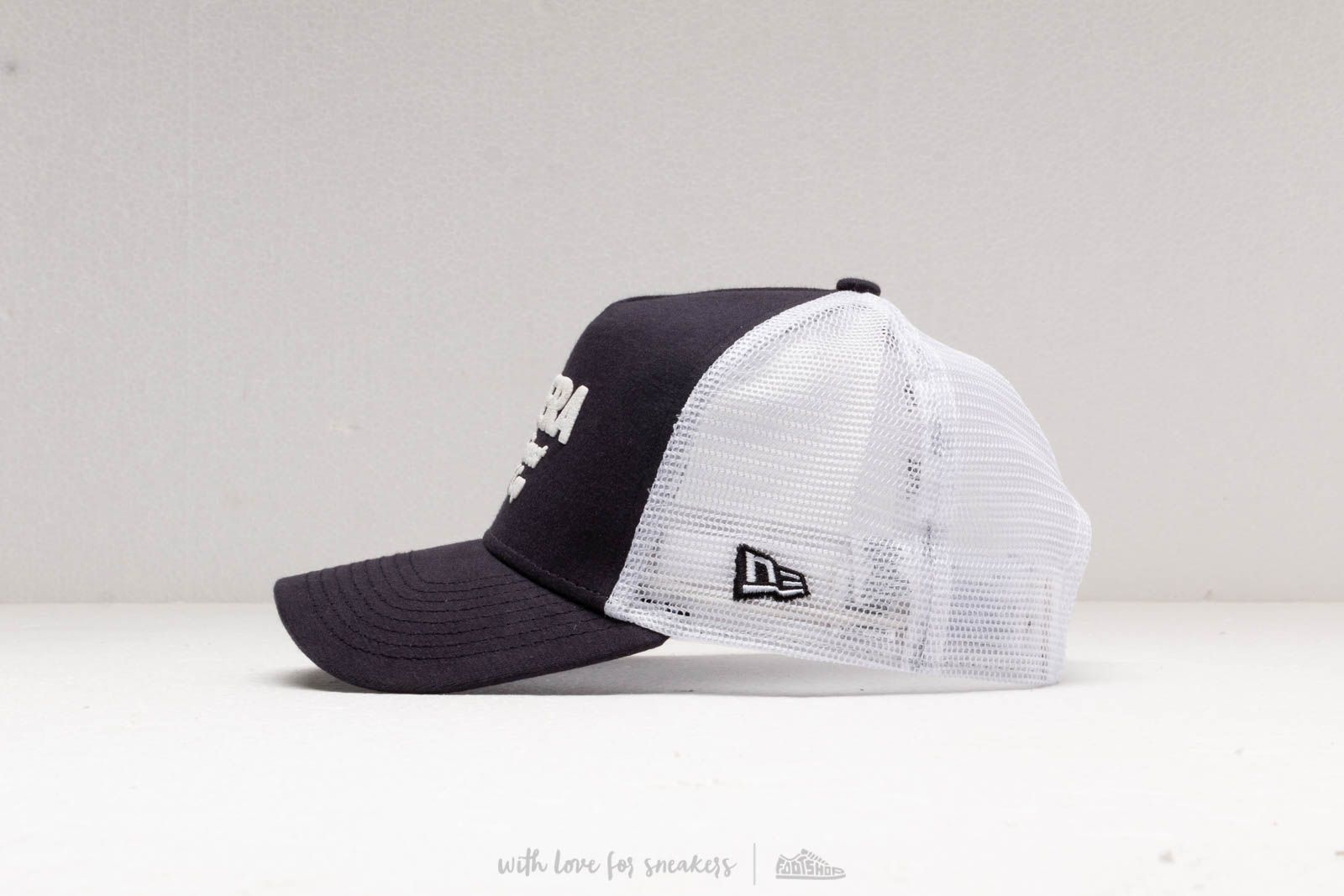 New Era A Frame Trucker Finest Cap White  Navy at a great price 32 € 1f0f8f9a207
