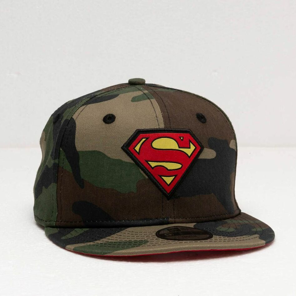 New Era 9Fifty Youth Character Superman Snapback Camo/ Red, Green