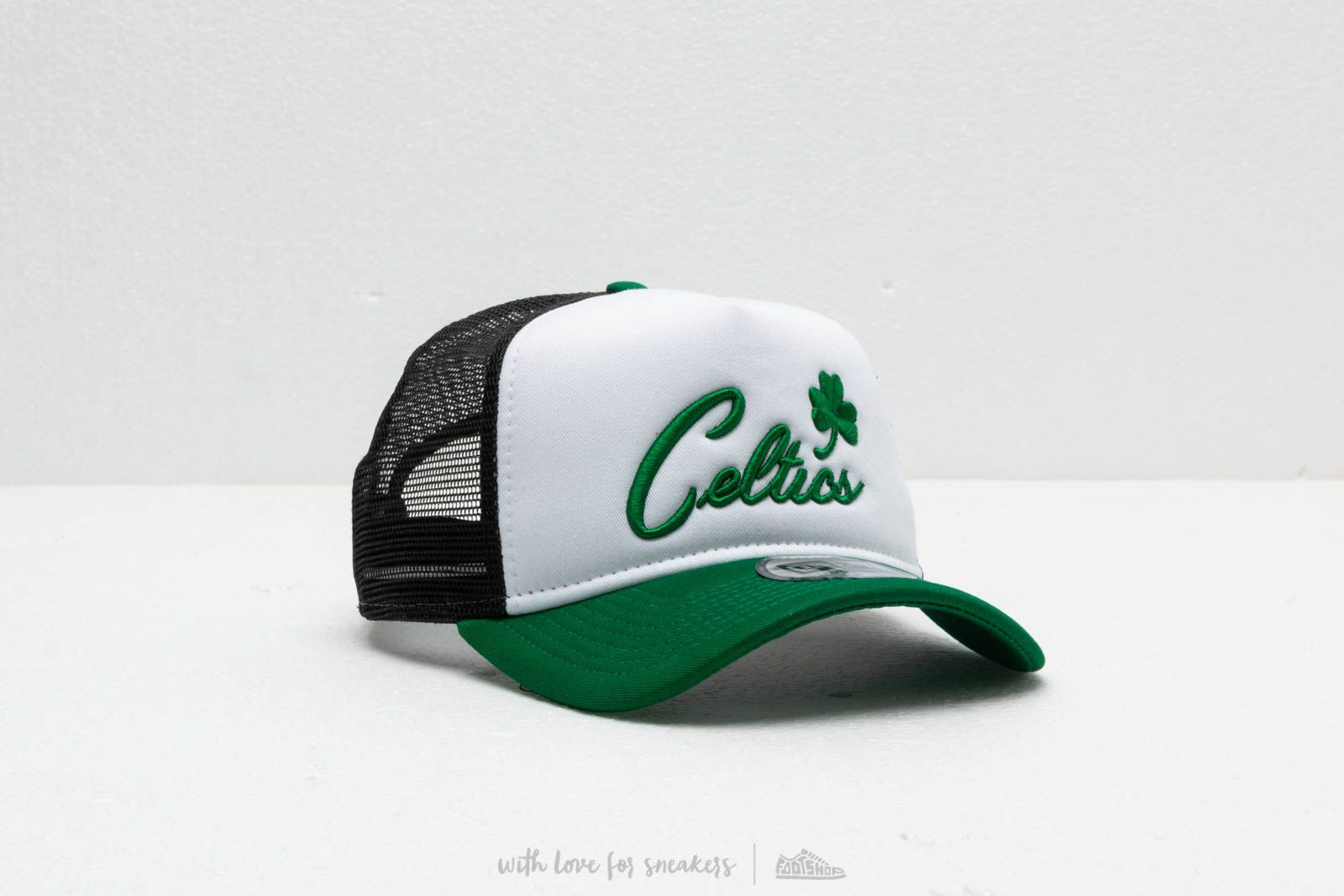 ccd92fa578609 New Era NBA Team Trucker Boston Celtics Green  White at a great price 28 €