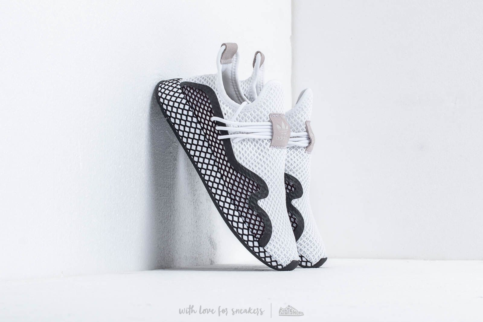 low priced 1edd7 e4630 adidas Deerupt S Ftw White Core Black Ftw White at a great price 106