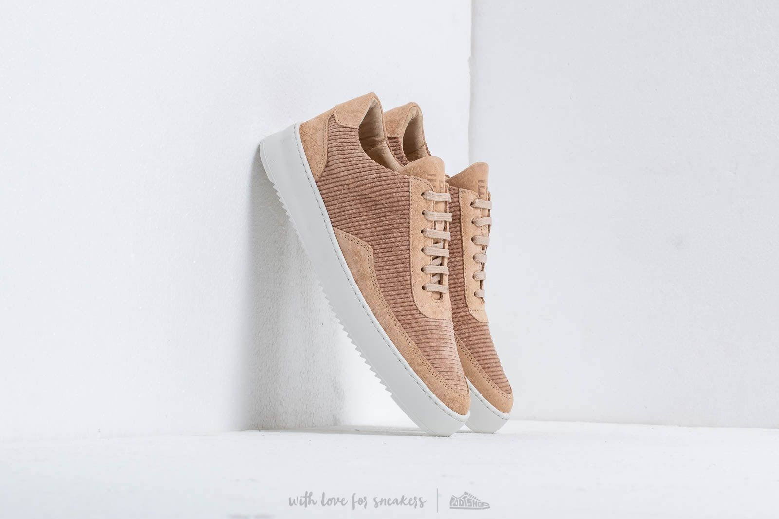 Filling Pieces Low Mondo Ripple Corduroy