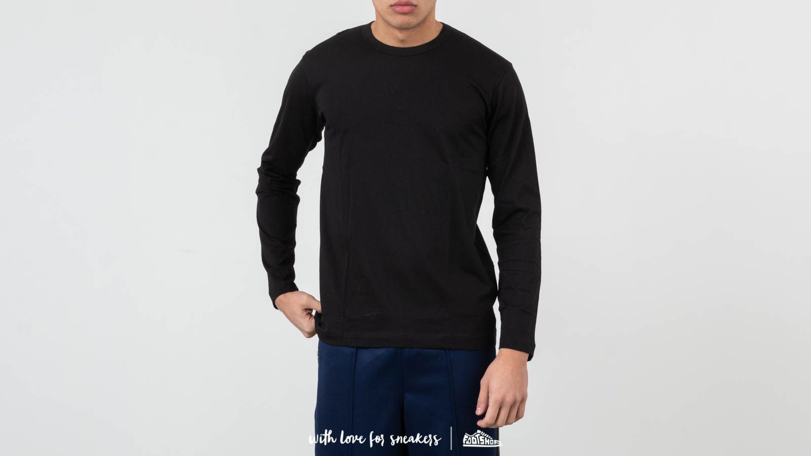 28aaea23983cae Comme des Garçons SHIRT S27111 Black at a great price 68 € buy at Footshop