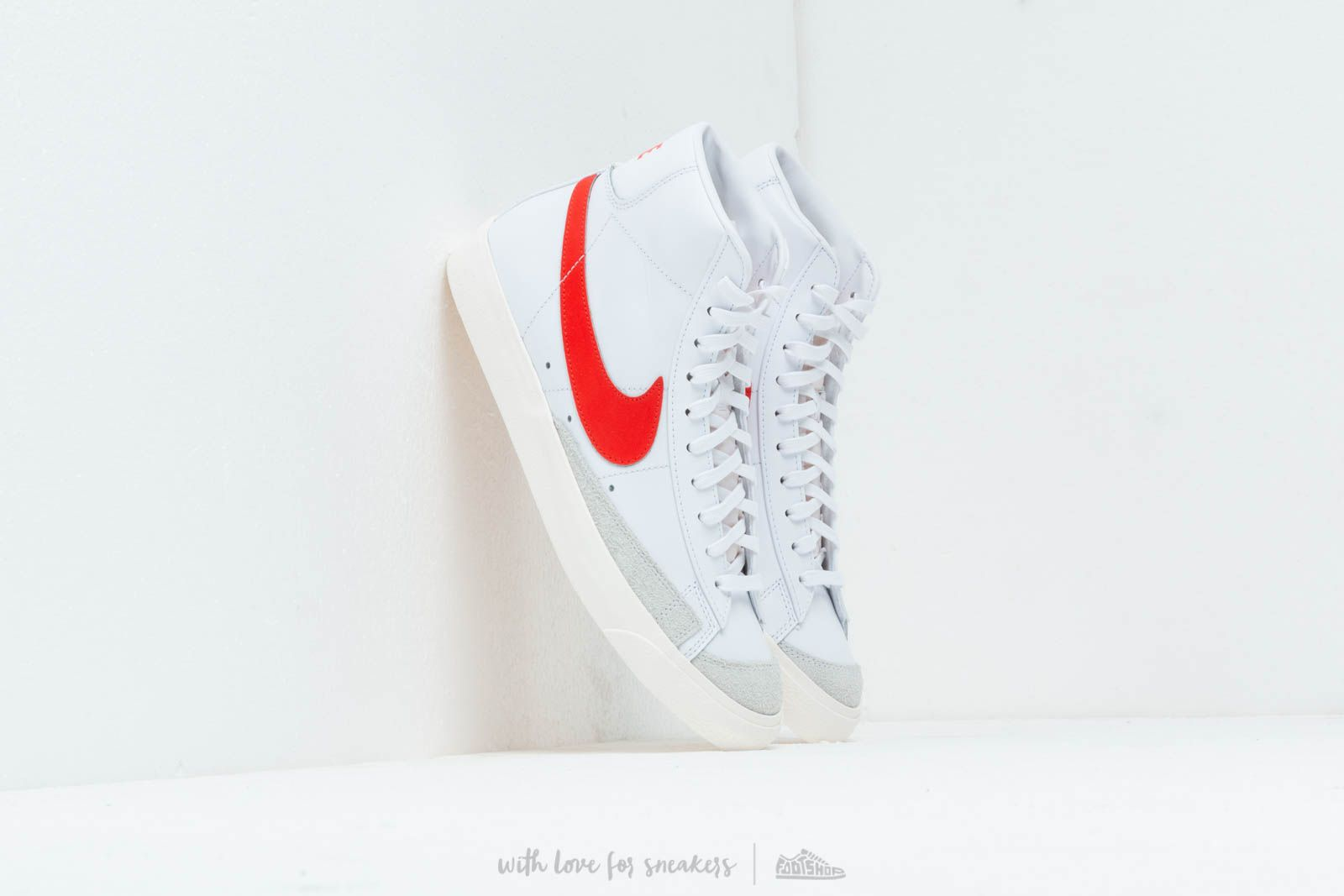 new arrivals 0a0ac aa048 Nike Blazer MID 77 Vintage Habanero Red White Sail at a great price £