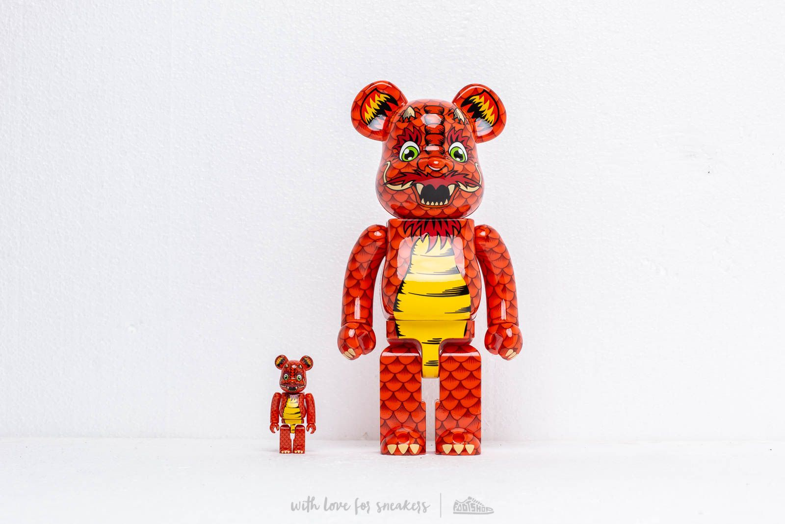 Medicom Toy Bearbrick 100% & 400% Set