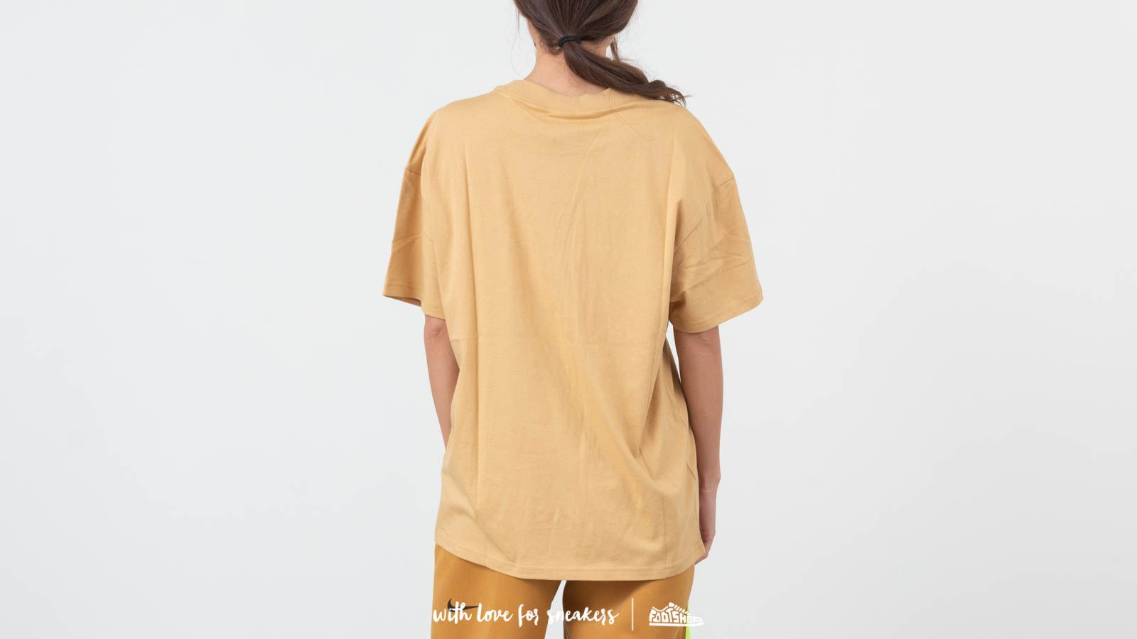 8b817aadb26e3d Nike Sportswear Essentials Top Club Gold  Black at a great price £22 buy at