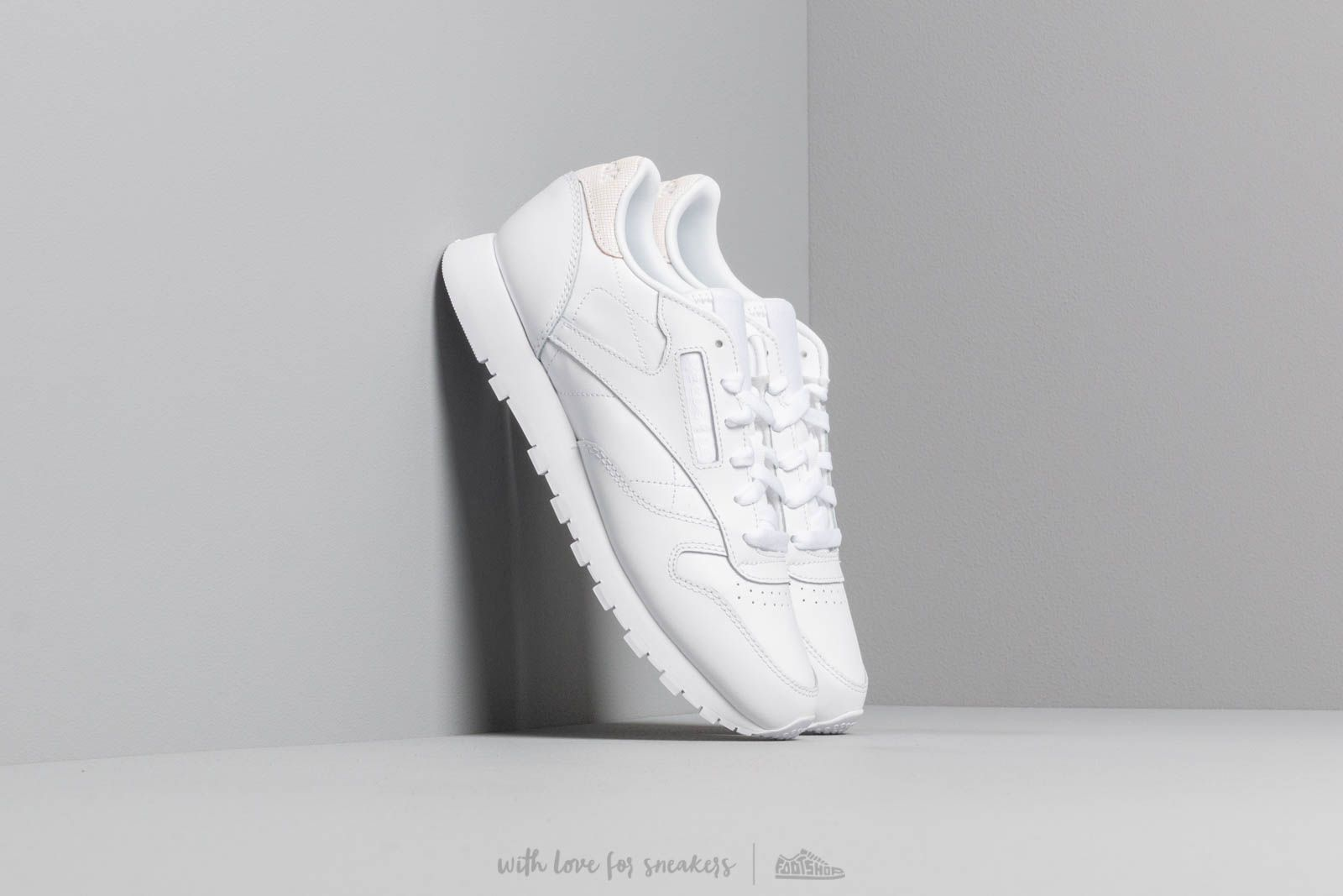 Reebok Classic Leather White/ Mineral Mist at a great price 92 € buy at Footshop