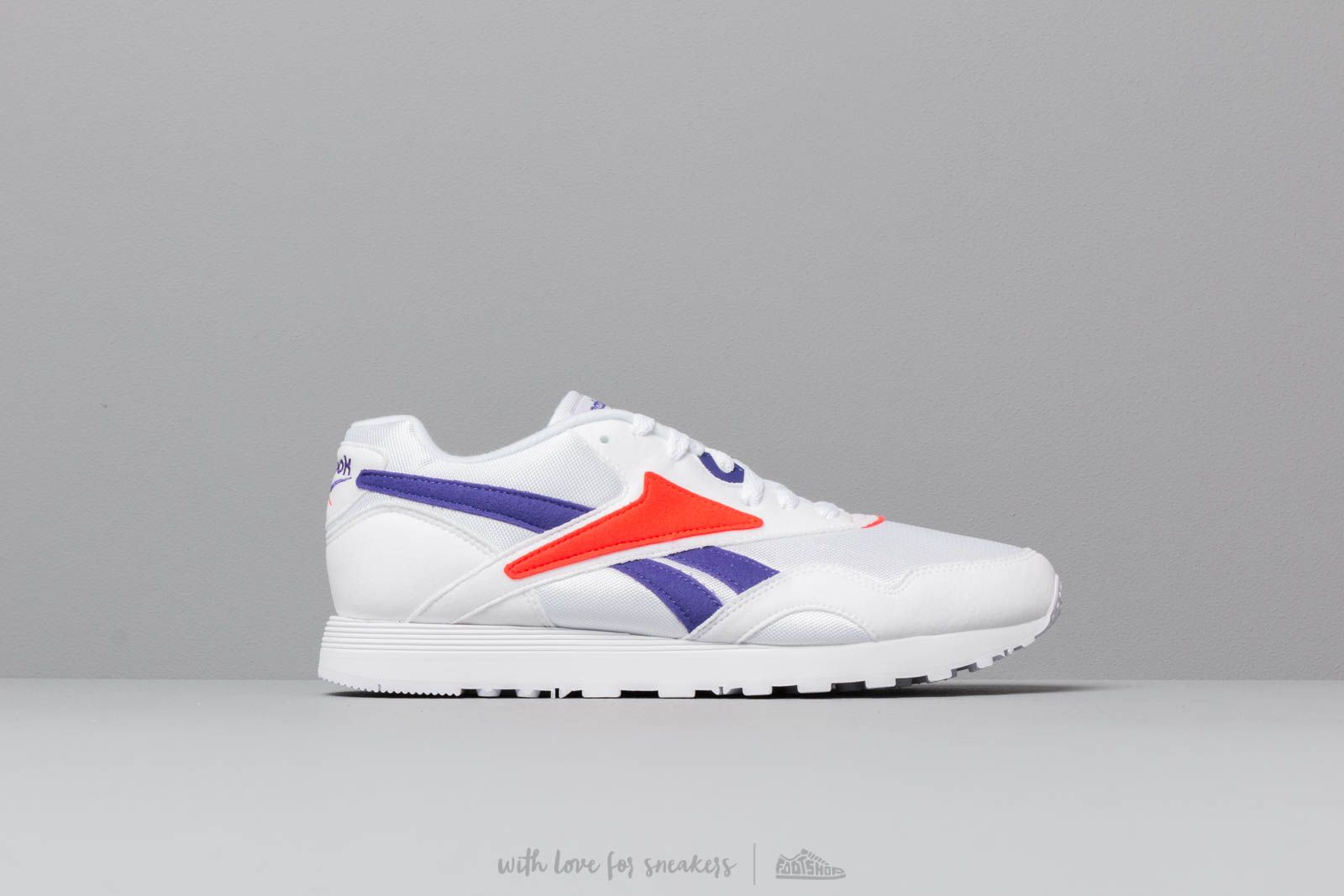 9daf783a3dc0 Reebok Rapide MU White  Team Purple  Neon Red at a great price 86 €