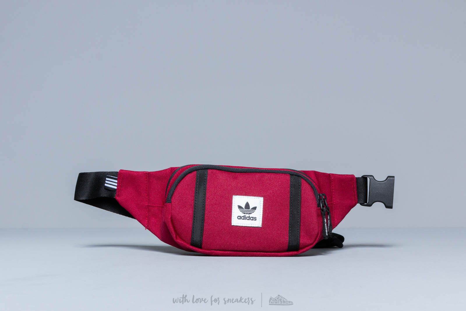 adidas Premium Essentials Crossbody Bag Burgundy at a great price 28 € buy  at Footshop 5e403ea6175f7