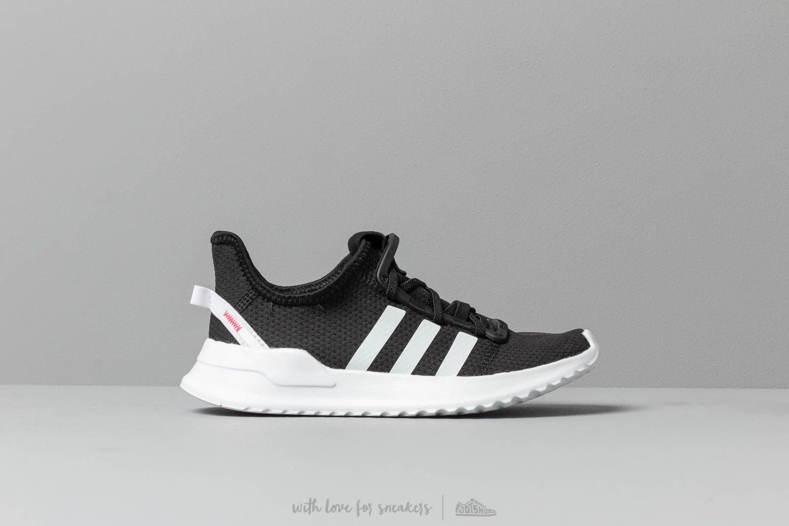 adidas U Path Run C Core Black  Ftw White  Shock Red za skvělou cenu 7b29a230f3d