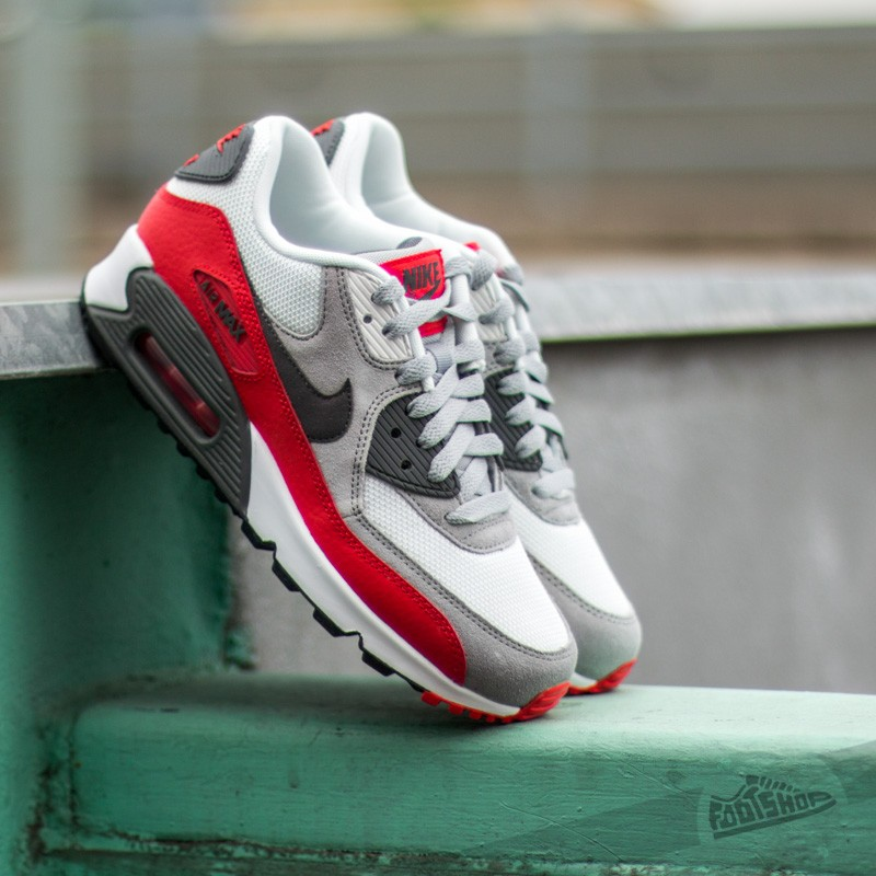 6196a50e3c8461 Nike Air Max 90 (GS) Wolf Grey  Dark Grey  Chilling Red