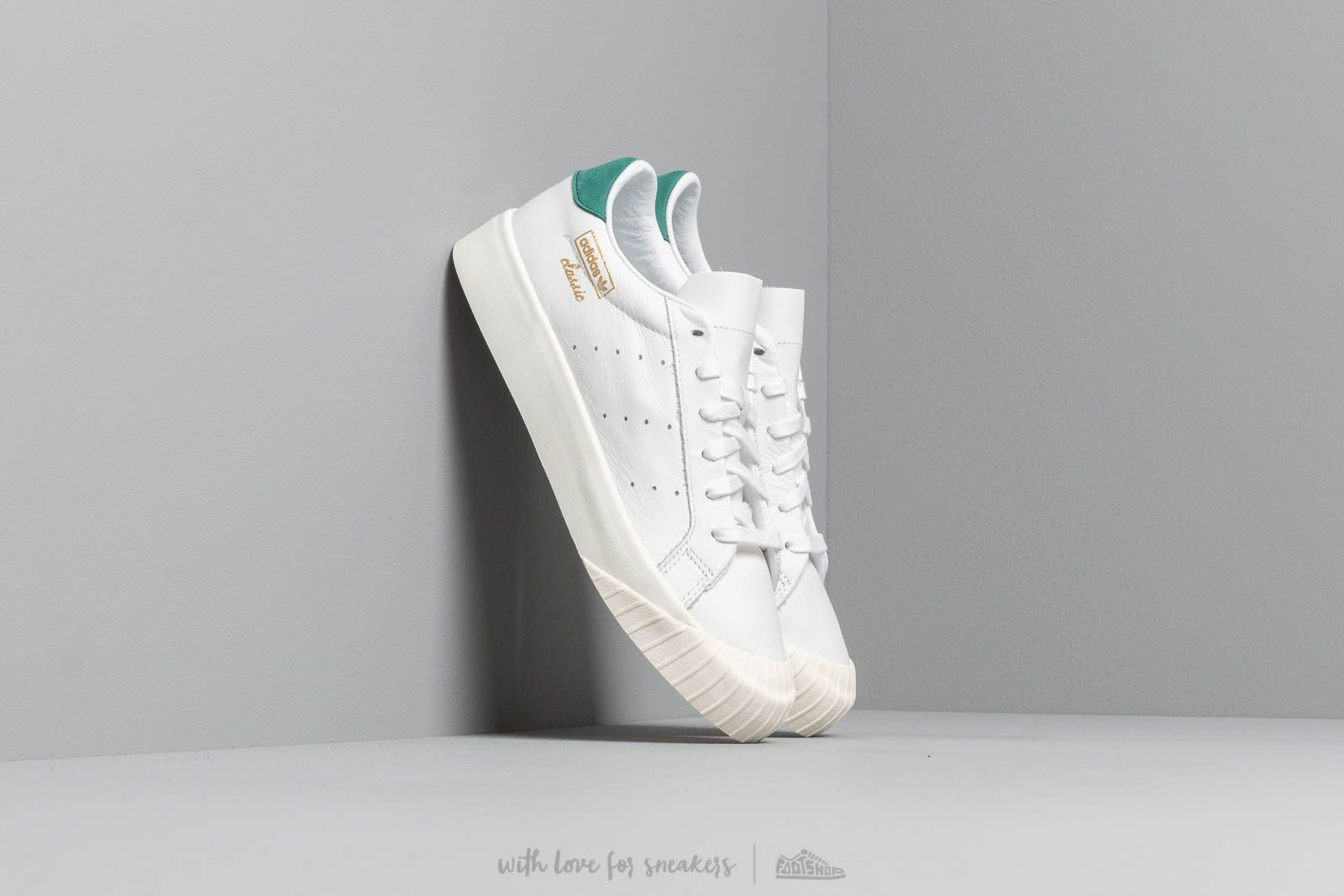 Women's shoes adidas Everyn W Ftw White/ Ftw White/ Collegiate Green