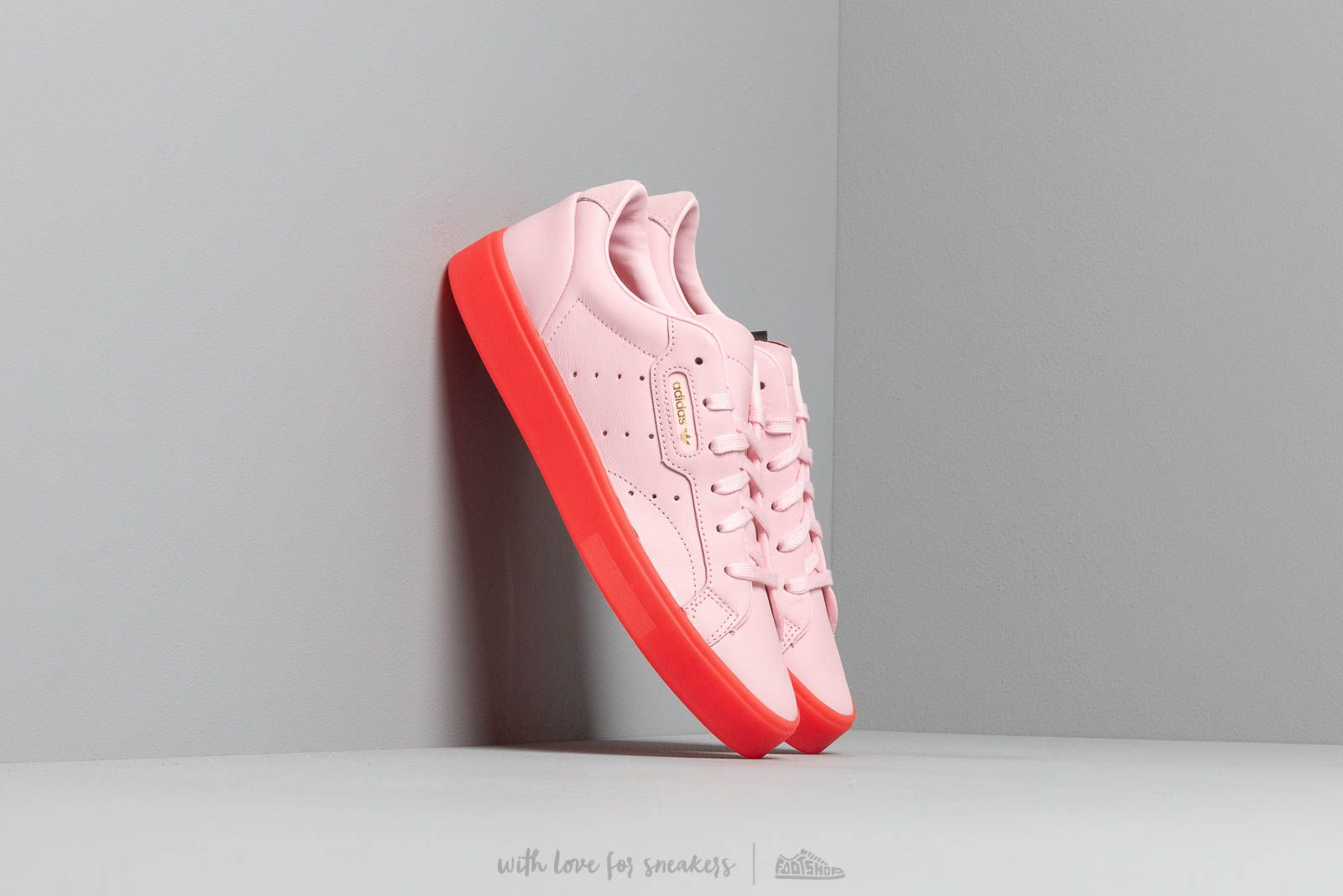 adidas Sleek W Diva/ Diva/ Red at a great price 86 € buy at Footshop