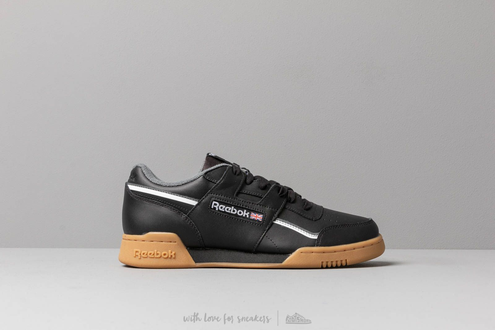 reebok workout plus black
