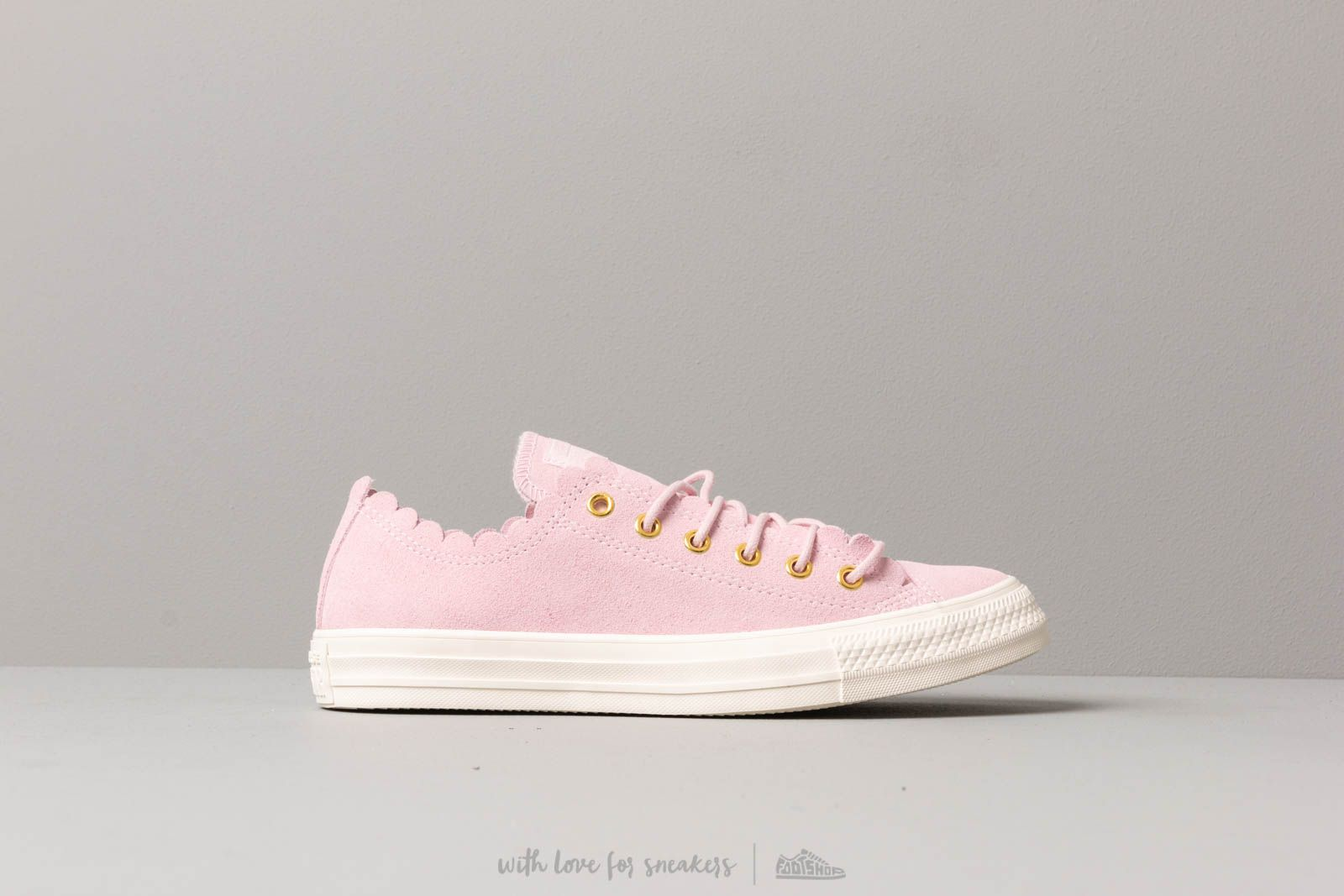47dd7732c745 Converse Chuck Taylor All Star Scallop Blush at a great price 81 € buy at  Footshop